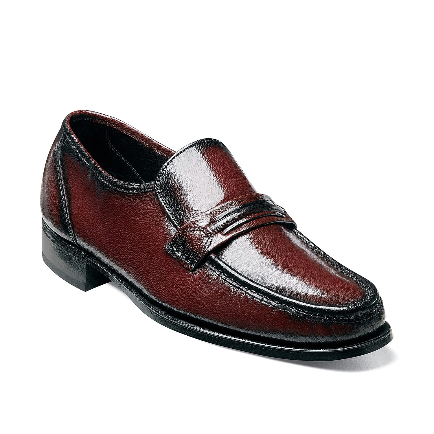 The loafer is a wardrobe staple for the modern man and the Florsheim Como is a great addition. Slip on this classic leather shoefor a sophisticated look that will go with just about any attire!
