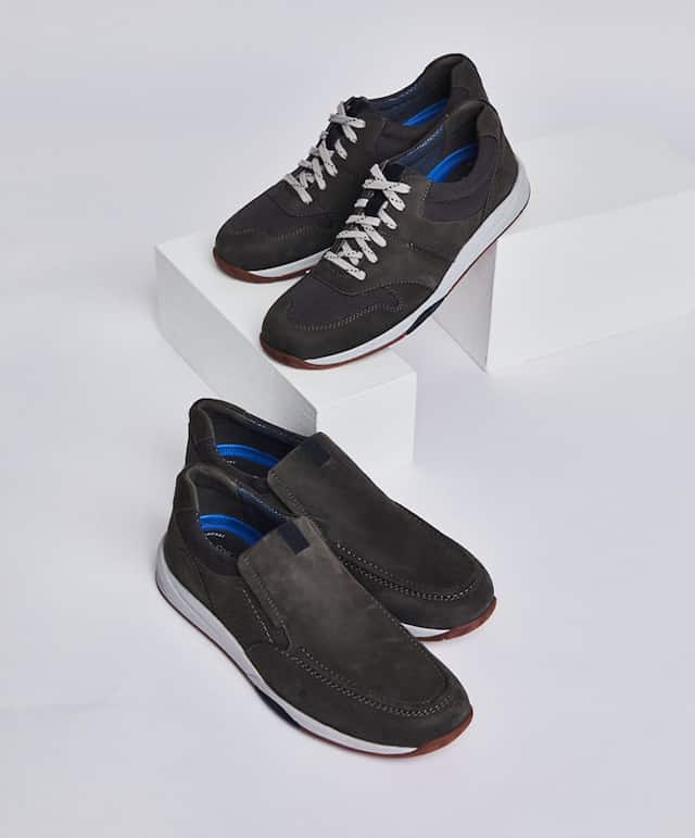 afijo cuadrado A bordo  Clarks Shoes, Sandals & Boots | Slip-On Shoes | DSW | DSW
