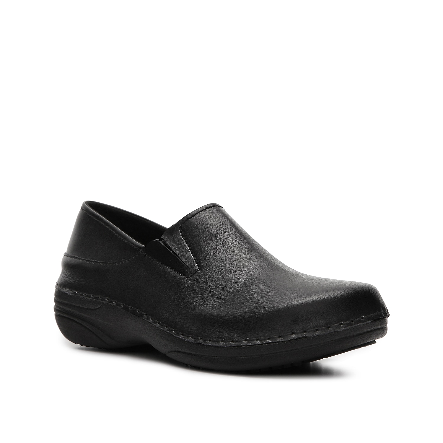 Durable and comfortable describe the Spring Step Manila duty shoe. This slip-on features an oil resistant sole and comfort cushioning making it great for those long days at work.