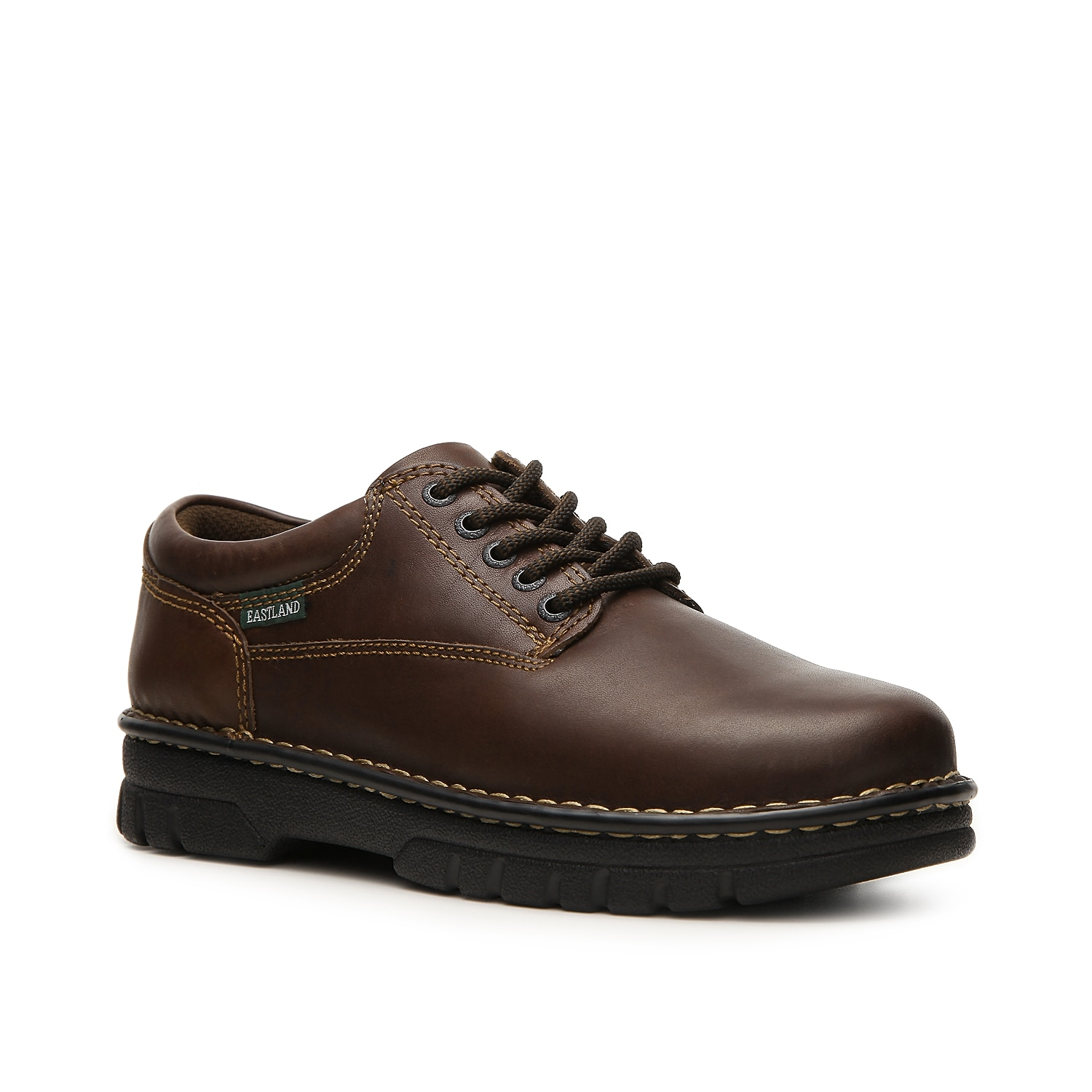 The Plainview oxford from Eastland features timeless design and all day comfort. Lace up this leather shoe which is versatile enough for casual or dress occasions.