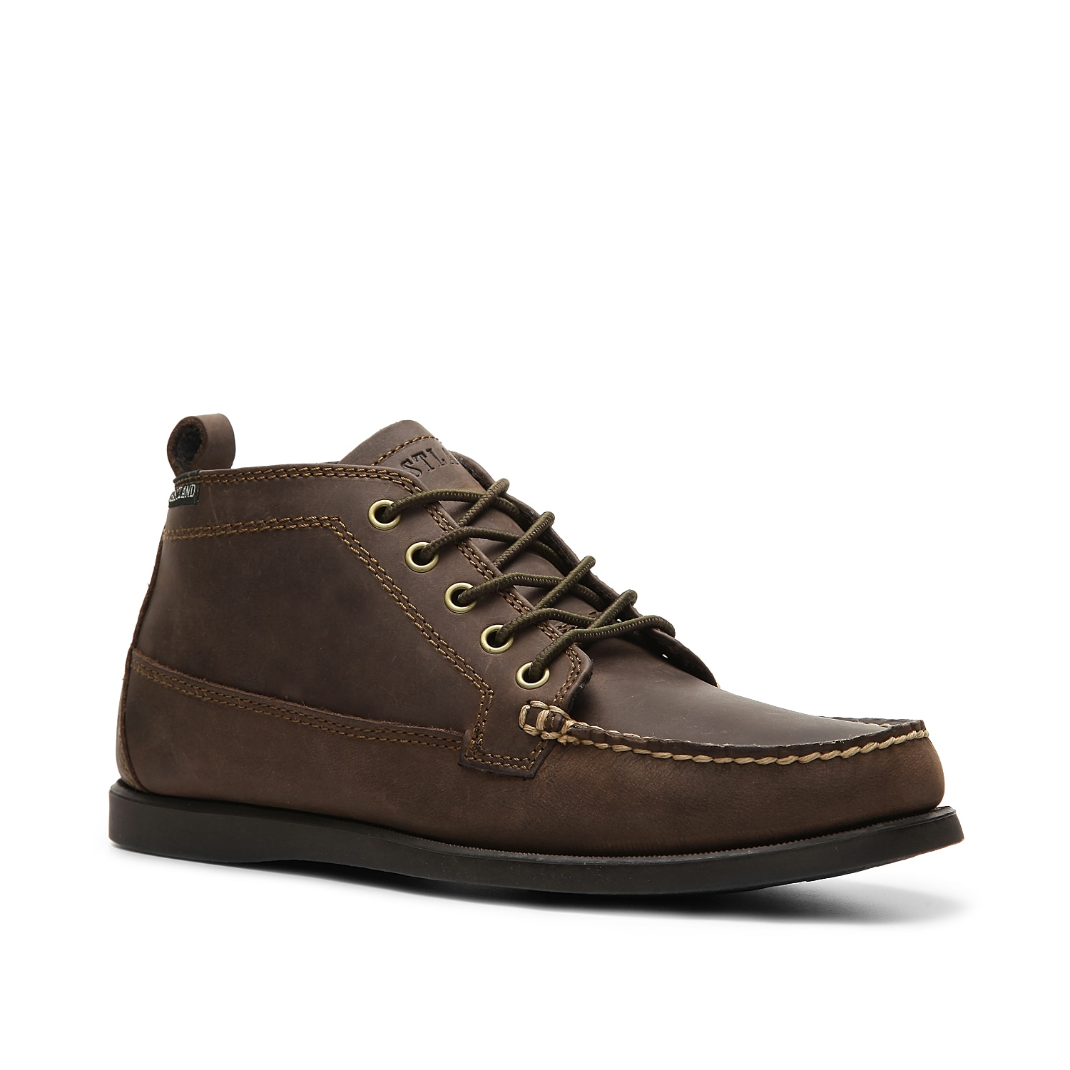 A traditional look of a camp moccasin combined with the styling of the chukka boot makes the Seneca from Eastland one great choice! Lace up this leather chukka boot with jeans or khakis for a classic look.