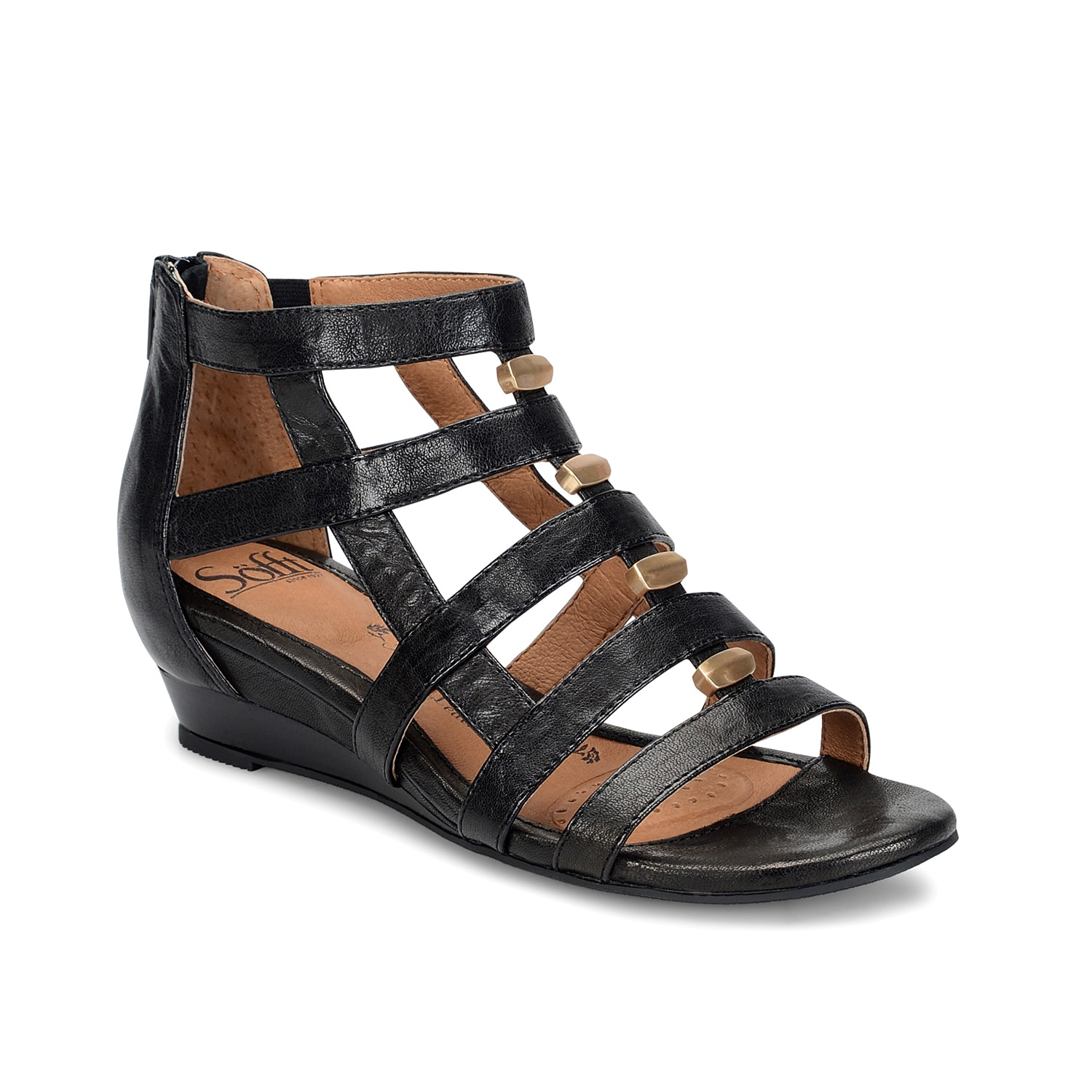 Searching for a comfortable wedge sandal to take you into the season in style? Sofft has you covered with the Rio gladiator sandal. Classic and versatile, these strappy sandals are a must-have addition to your casual summer wardrobe.