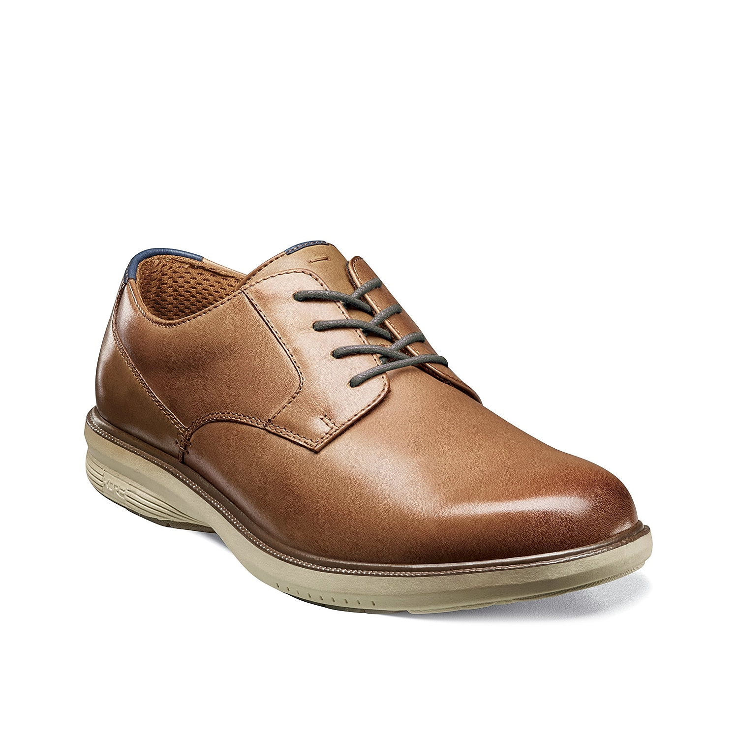 The Marvin St. oxford from Nunn Bush offers classic oxford stying to enhance office or dress looks.