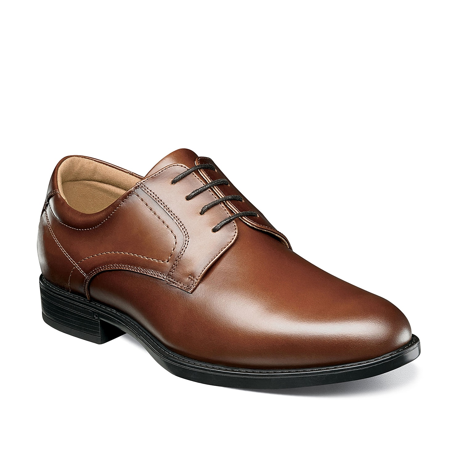 The Midtown oxford from Florsheim is built for comfort and is equipped with a deeply cushioned Ortholite® footbed to help you walk the walk all day long.