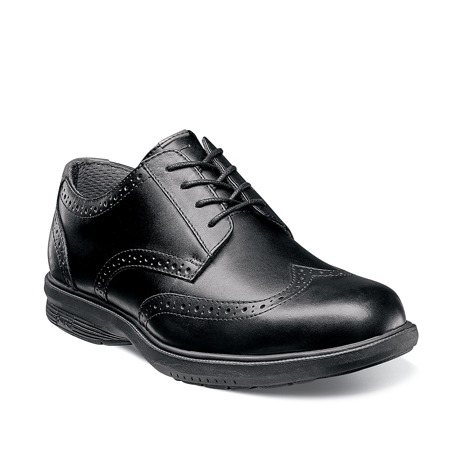 Epitomizing style, the Maclin Street oxford from Nunn Bunn lends sophistication wherever you go. Boasting of a hand burnished leather upper, this lace-up dress shoe is complemented by layers of lasting comfort and a sporty-inspired sole.