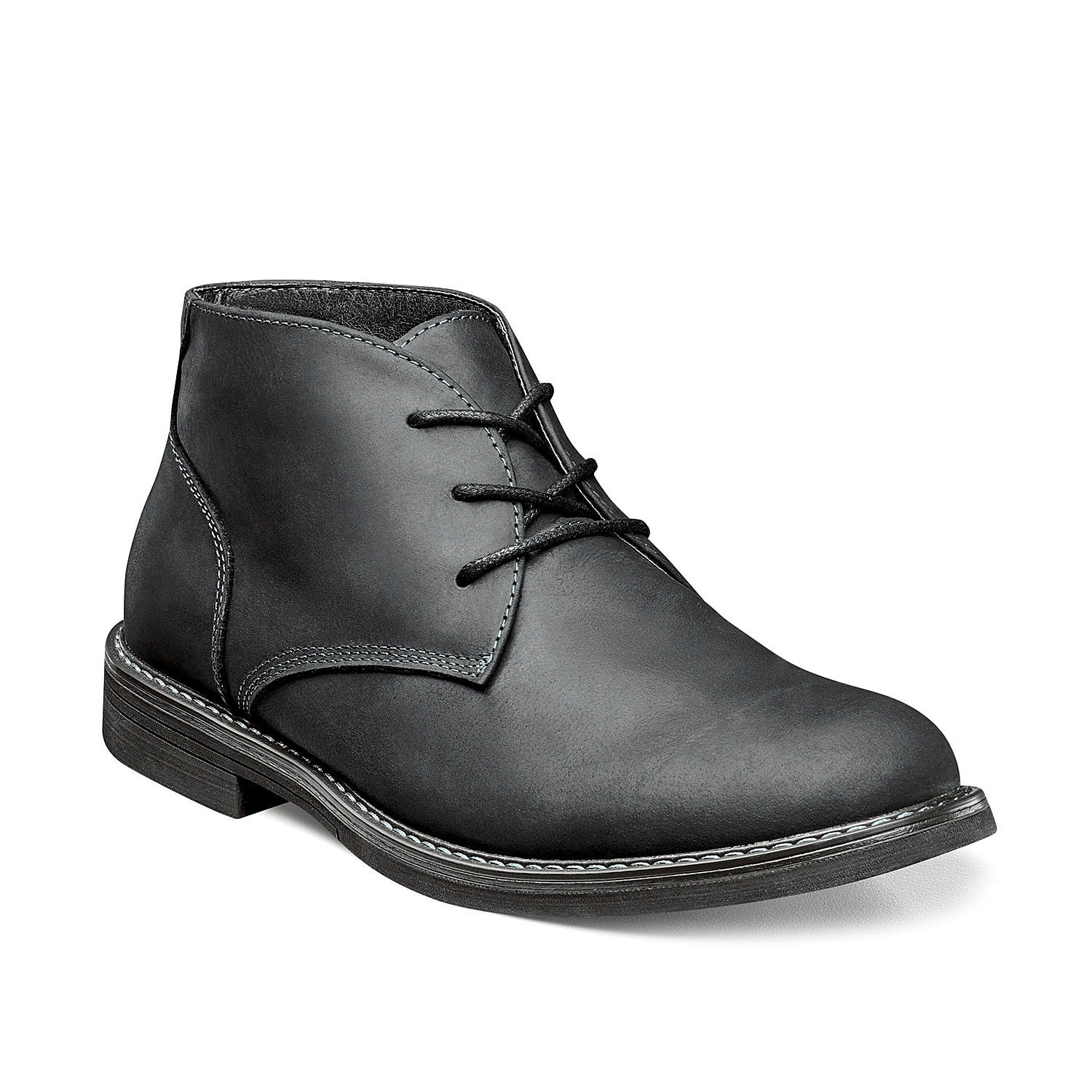 Perfect your casual outdoor style with this Nunn Bush Lancaster chukka boot. Highlighted with tonal stitching accents, this boot has a Dual Comfort footbed to deliver long-lasting comfort.