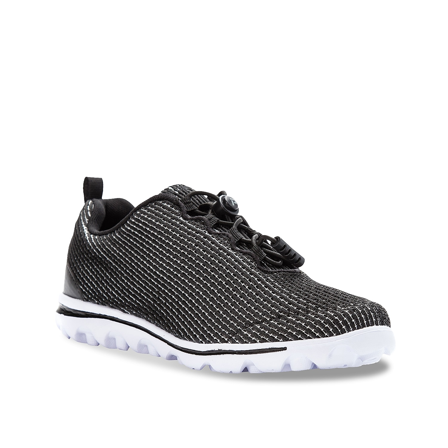 Make every stride your strongest in the women\\\'s TravelActiv Xpress sneaker from Propet. These walking shoes feature bungee lacing for an adjustable fit and a TravelTek™ traction sole for optimal support.