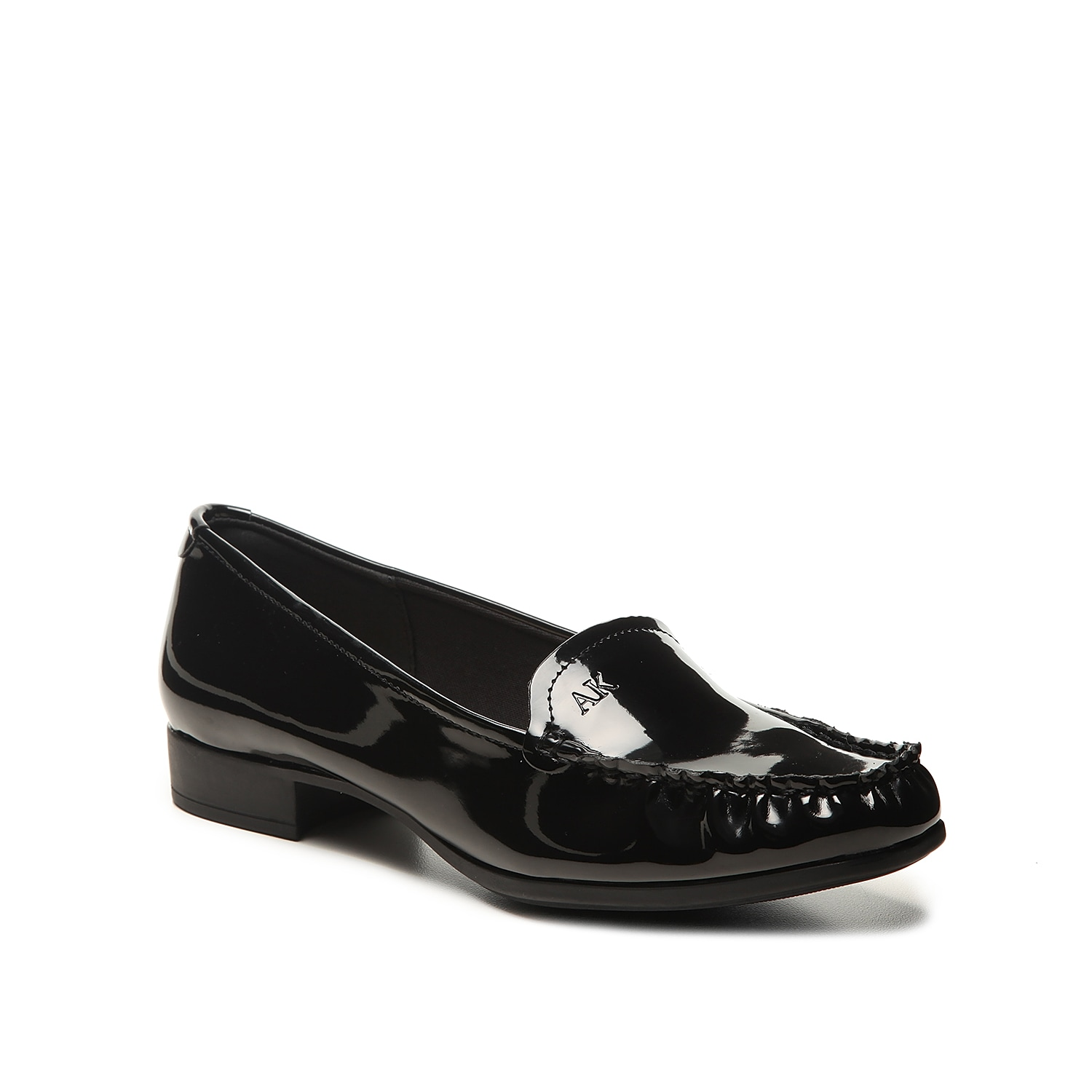 The Vama loafer from Anne Klein adds a sleek update to any work or weekend look. These slip-ons feature a subtle block heel for a hint of height and is finished with a square moc toe that goes great with cropped trousers.