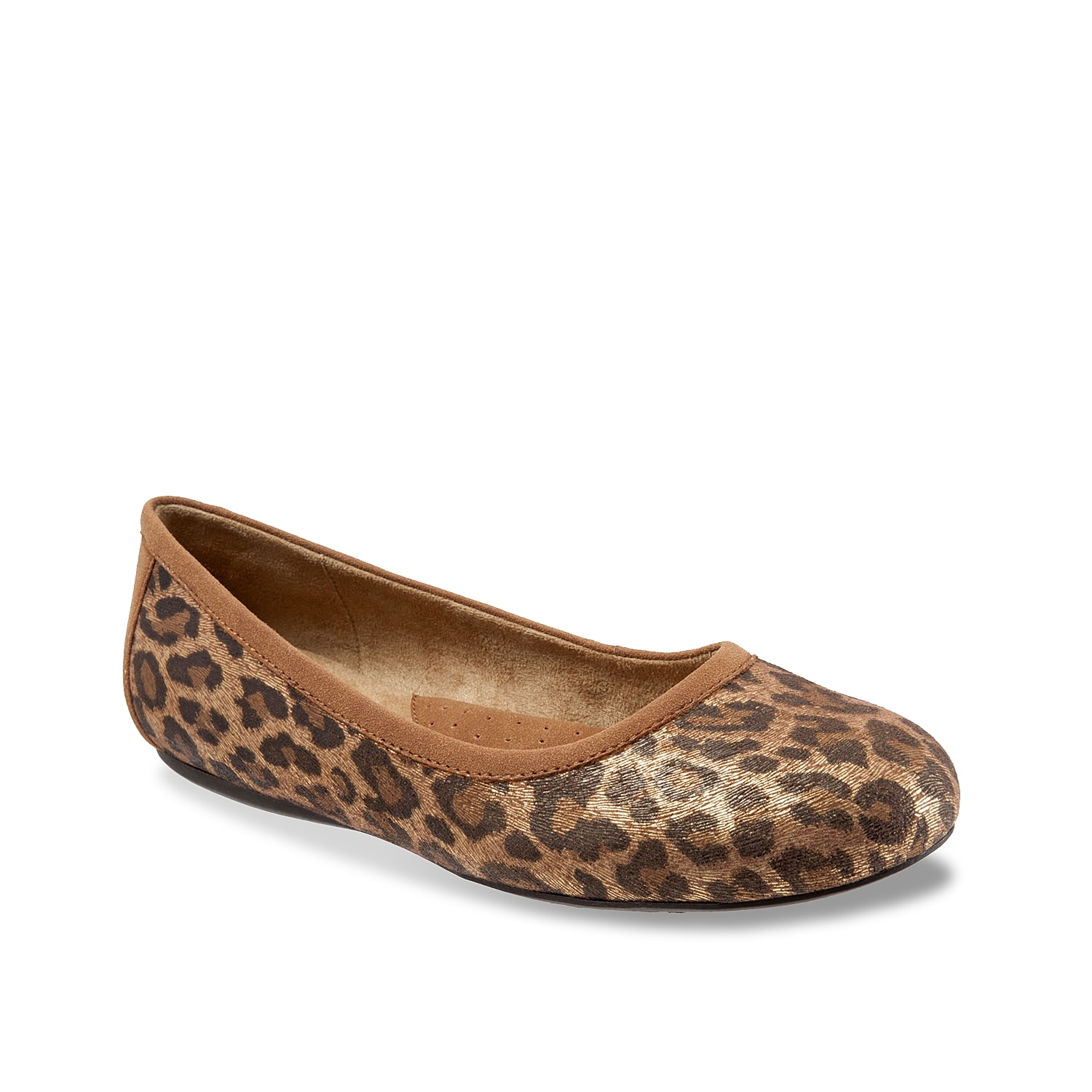 Keep a pair of ballet flats at the front of your closet for endless style transformations! The Softwalk Napa slip-on is fashioned with a simple cap toe for contrasting detail.