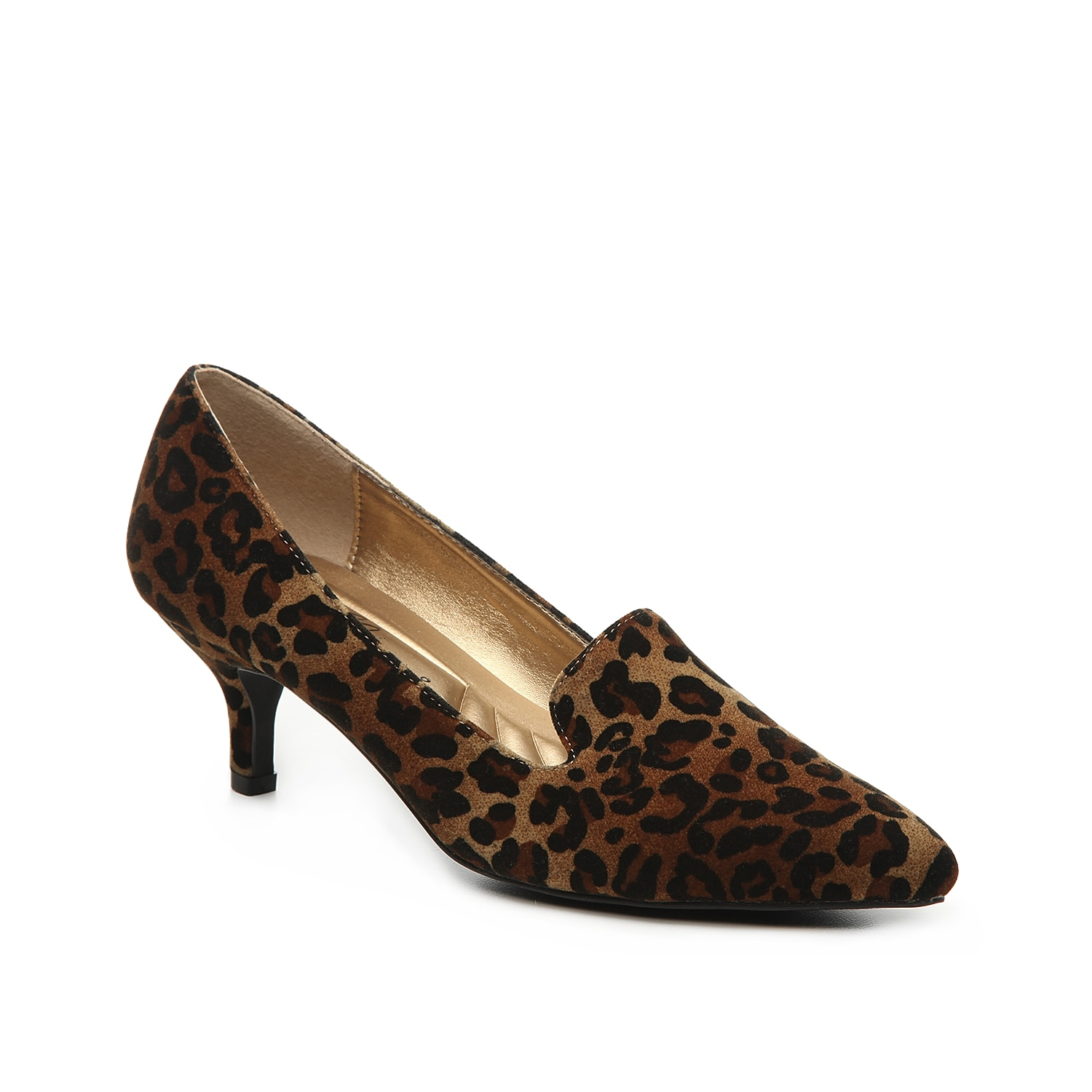 The Bobcat pump from Bellini adds a sassy side to work or weekend ensembles. These velvet slip-ons feature a loafer-inspired vamp and are finished with a kitten heel for classic appeal.