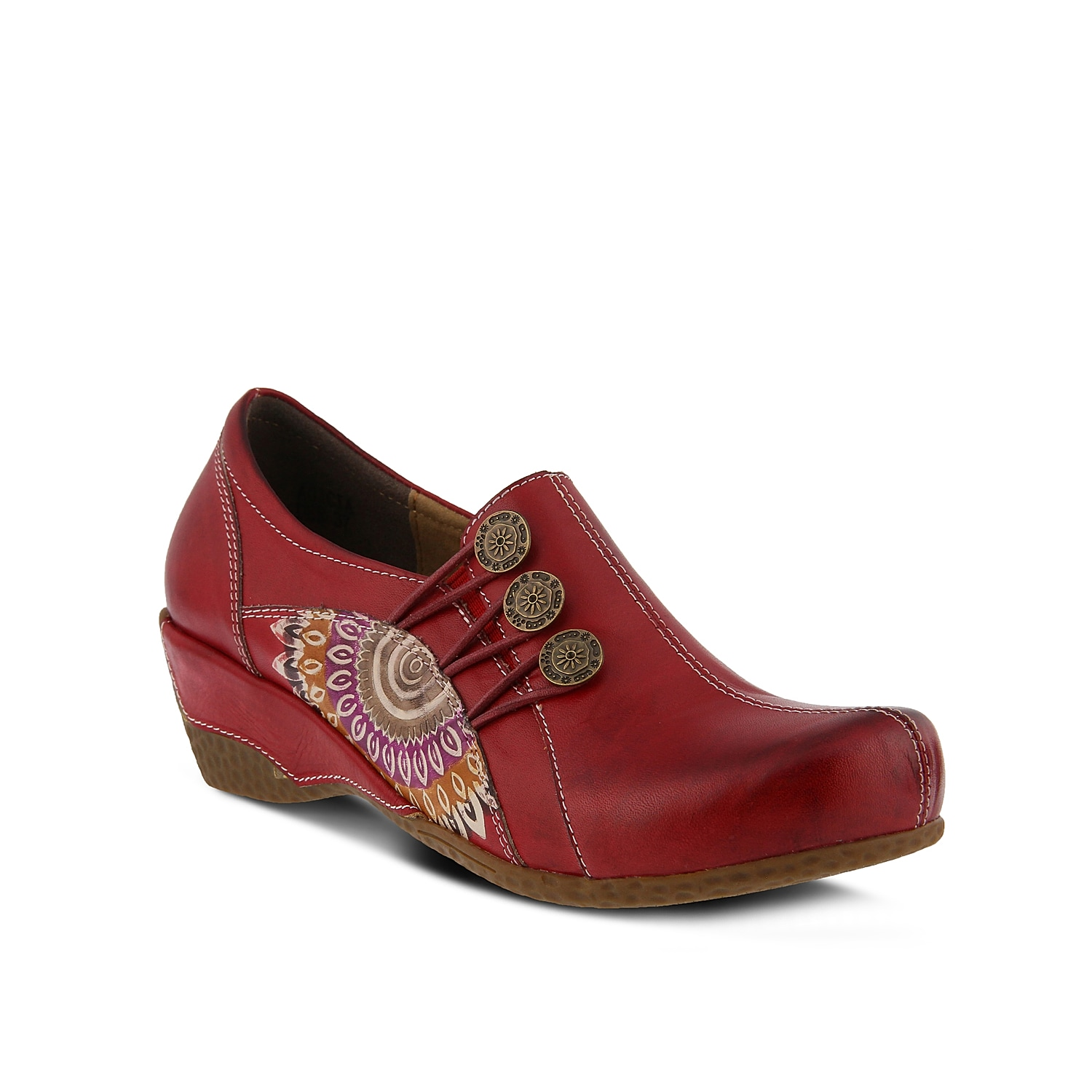 Add an artful touch to your look with the Agacia slip-on from L\\\'Artiste by Spring Step. These clogs feature a smooth leather construction and hand-painted accents for extra intrigue.