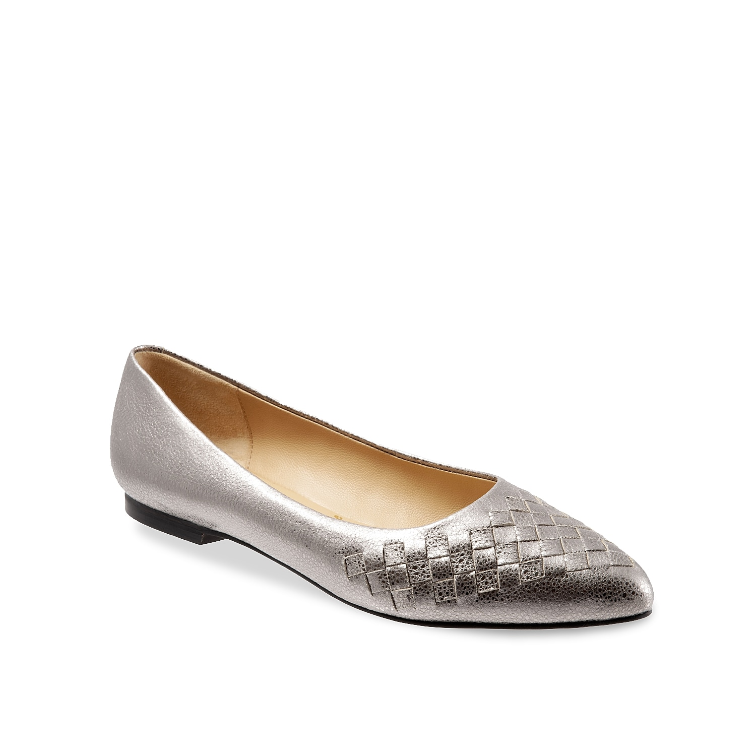 The classic flat gets a modern update with the Estee from Trotters. Featuring a woven leather upper and smooth leather lining, this flat will become a staple in your wardrobe.