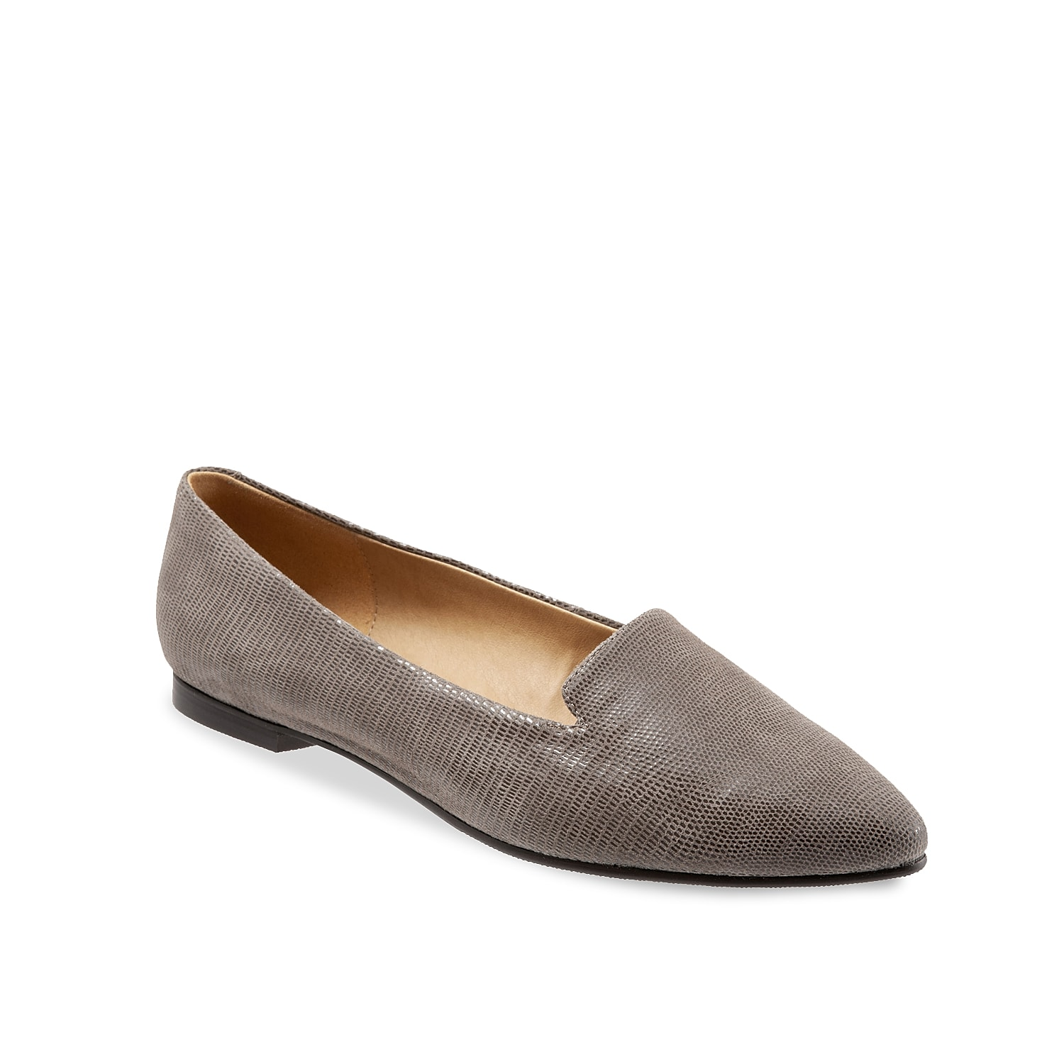 Add a statement to your shoe collection with the Harlowe flat from Trotters. This slip-on features a classic silhouette and textured leather that you can wear from work to happy hour!