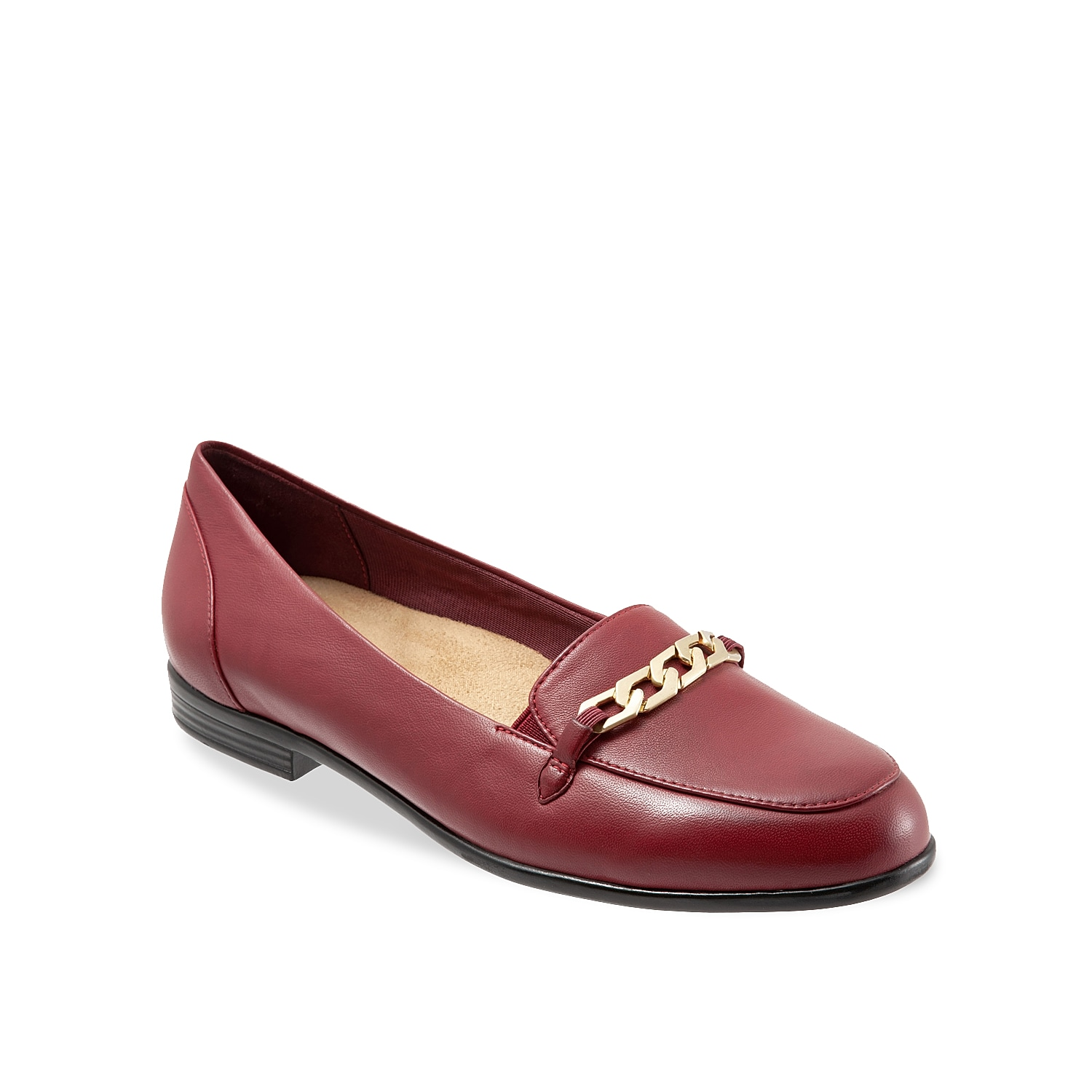 Get the perfect streamlined look with the Anastasia loafer from Trotters. Highlighted with a slim block heel and a decorative chain ornament, this elegant slip-on features antimicrobial lining and a low profile heel for all day comfort.