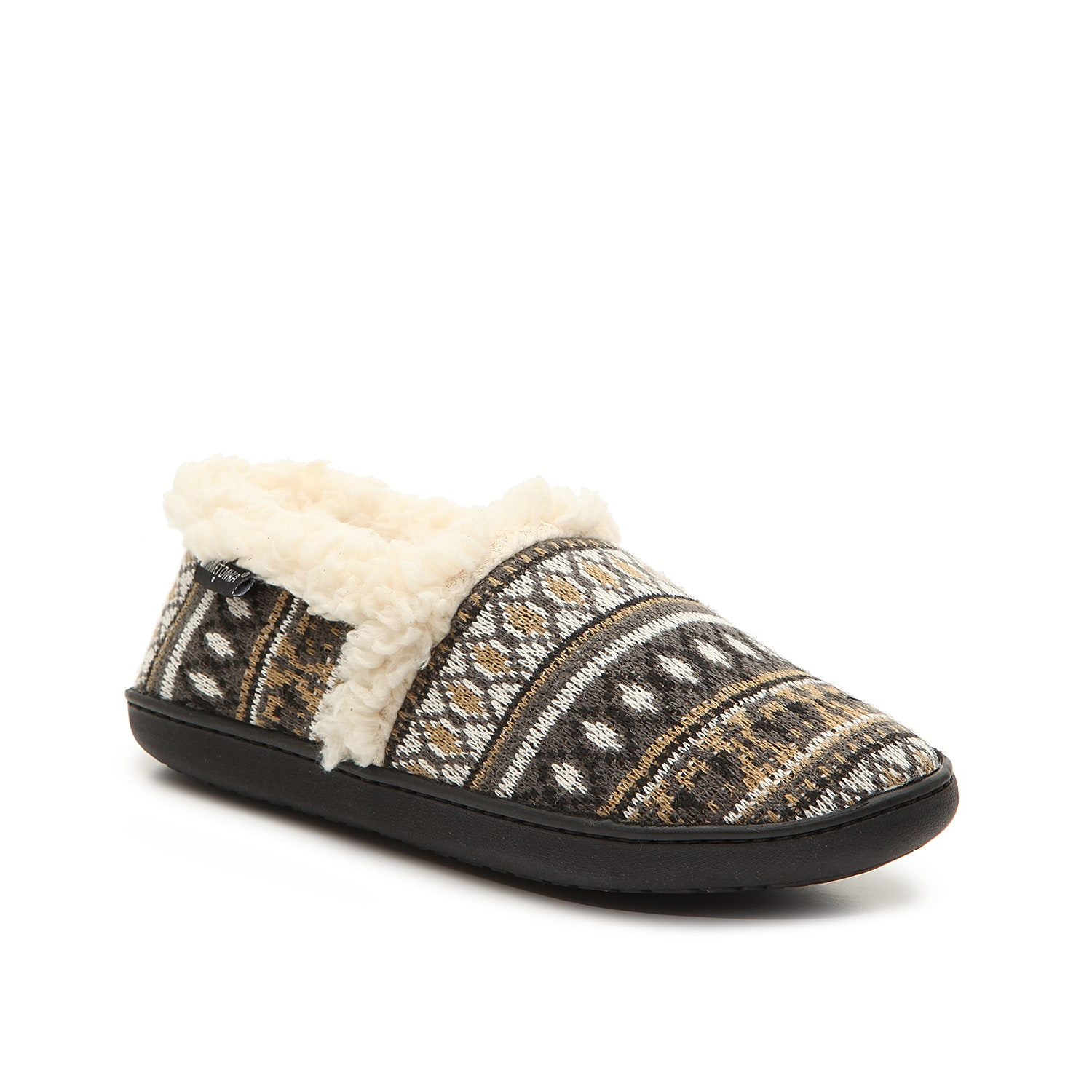 Brace yourself for chily days ahead in the Dina slippers from Minnetonka. These slip-ons come with a soft faux fur lining to keep toes toasty all day and night.