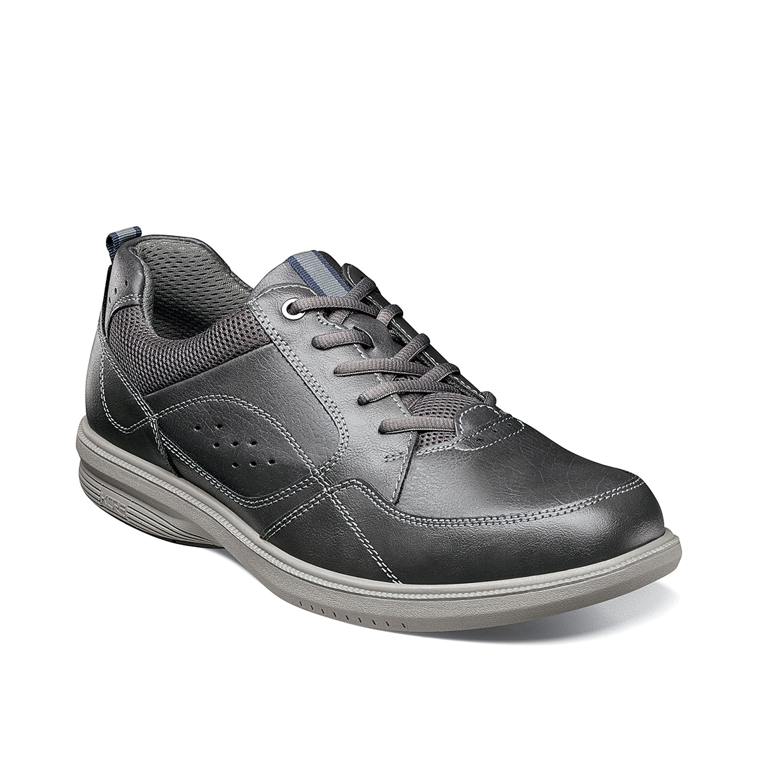 Walk the walk in the Kore Walk sneakers from Nunn Bush. These lace-ups feature a durable construction for lasting wear and are finished with a durable slip-resistant sole for extra stability.
