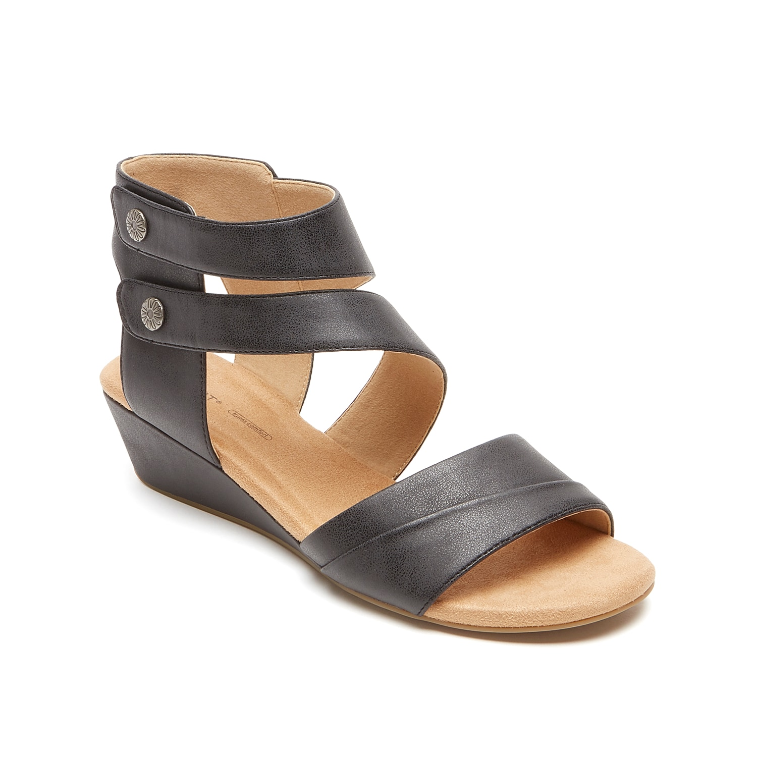 Versatile enough to pair with any outfit, the Calia wedge sandal from Rockport will become a staple in your summer wardrobe. A tru365 comfort footbed will keep you supported while you run weekend errands or walk around the park.