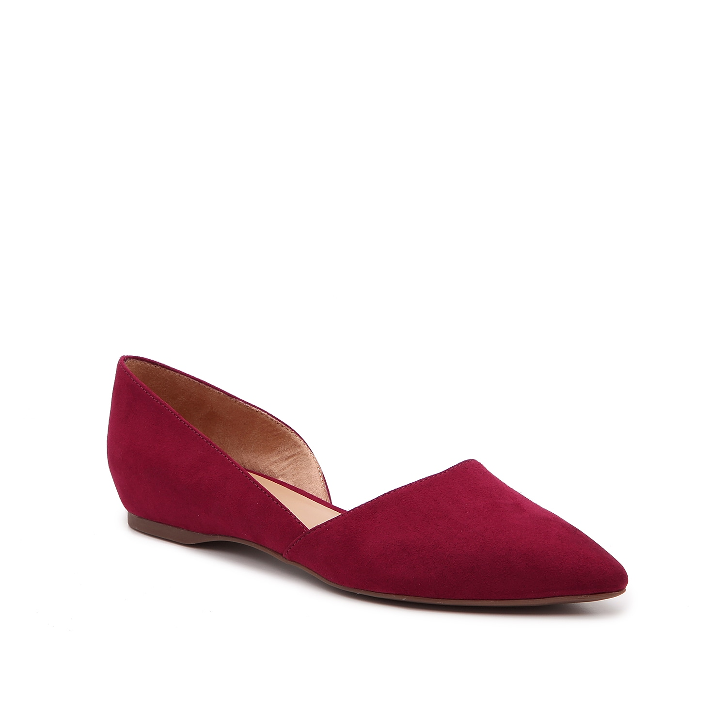 The Tamara flat from Naturalizer will update your tailored looks in a modern way. With d\\\'Orsay styling and a sleek pointed toe, this slip-on will become an instant staple in your closet.