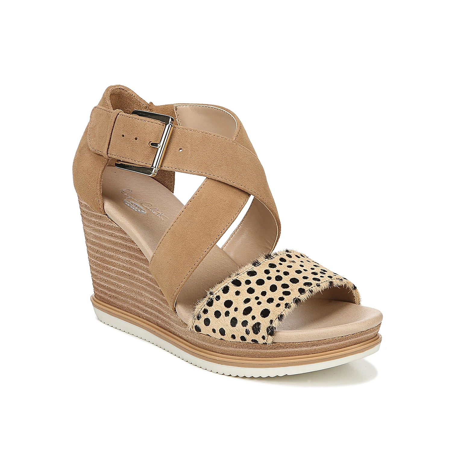 Stand high and confident when wearing the Sweet Escape wedge sandal from Dr. Scholl\\\'s. This silhouette is fashioned with crisscross straps and a sporty-inspired midsole for extra intrigue!