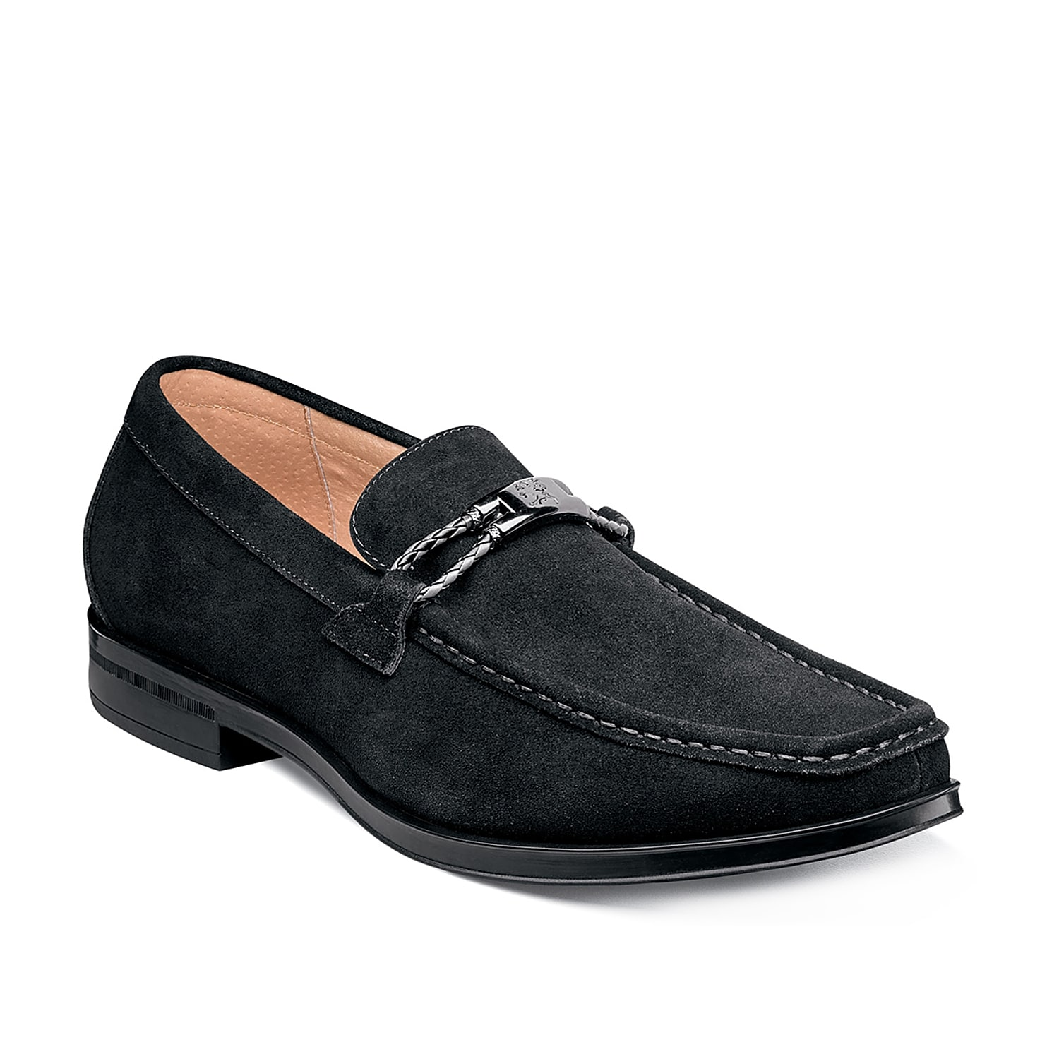 Lend a tasteful touch to an outfit for any occasion with the Neville loafers from Stacy Adams. These suede slip-ons feature a modern bit detail and classic moc toe to keep this pair timeless.