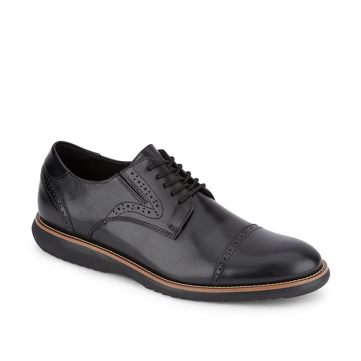 Keep it classy with the Beecham oxford from Dockers.Featuring Cleansport NTX anti-microbial technology, 360 Smart Flex, and Never Wet® water-resistant technology, this lace-up will have you covered for anything!