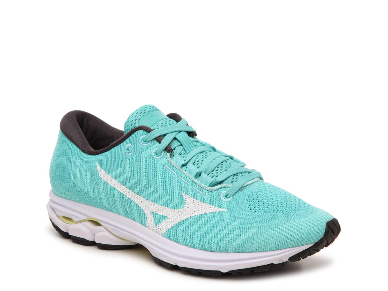 mizuno men's running shoes clearance