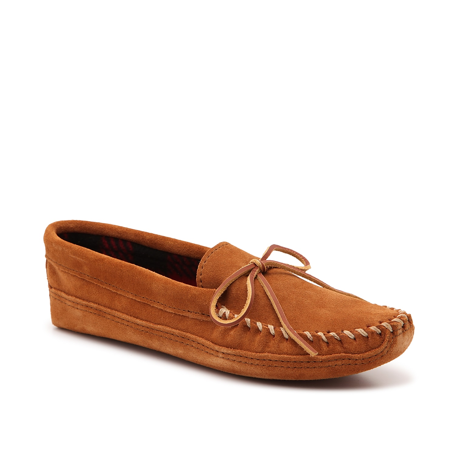 Experience supreme comfort by slipping on the Duncan moccasin slipper from Minnetonka. Soft flannel lining and a suede outsole make this pair ideal for house lounging.