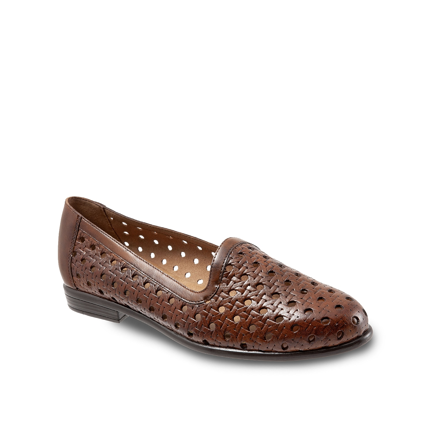 Feel the breeze with the Liz open weave loafer from Trotters. A cushioned footbed and soft lining will keep you comfortable during the whole warm weather season!