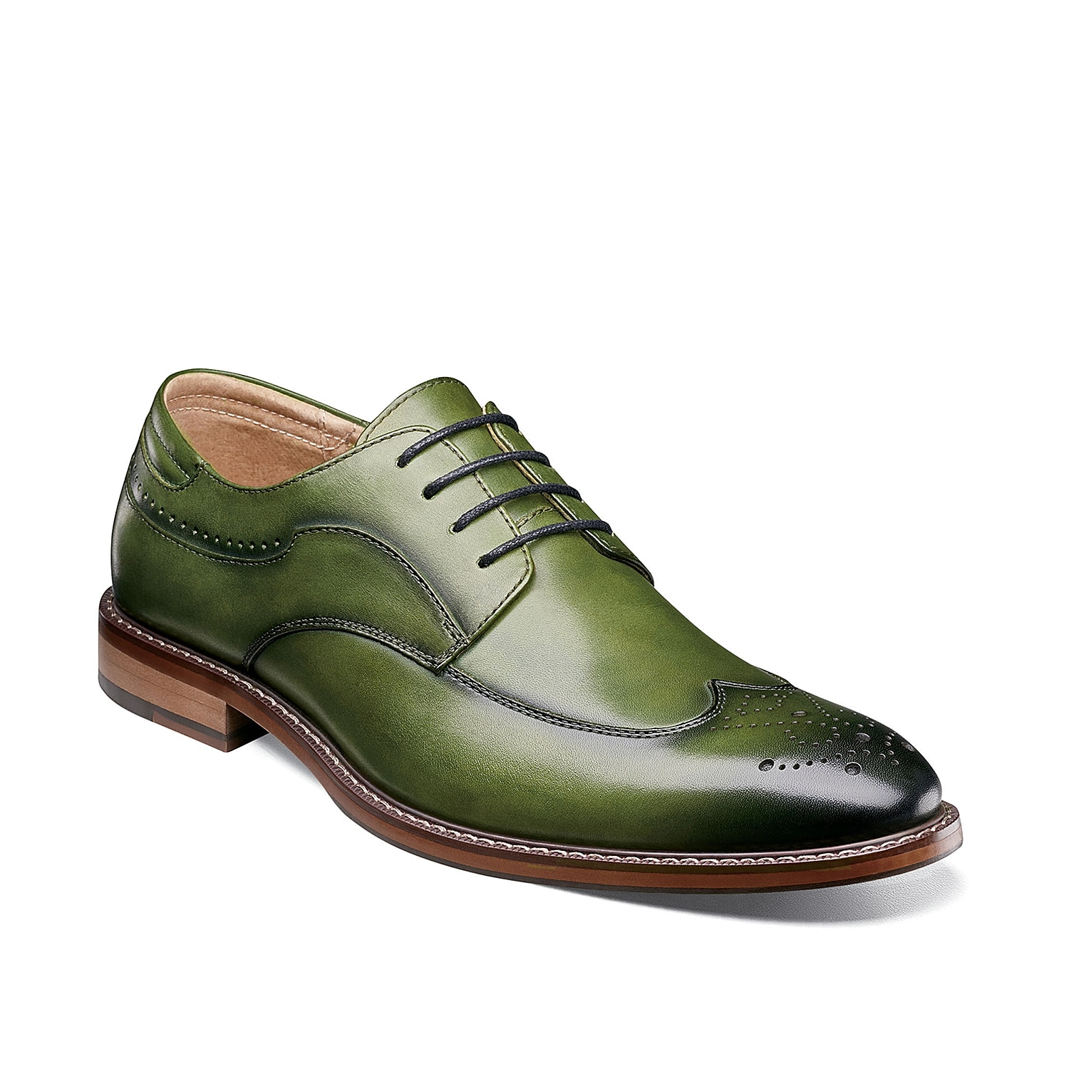 Make your tailored looks pop with the Fletcher wingtip oxford from Stacy Adams. Smooth leather with a semi-gloss finish provides the perfect amount of shine.
