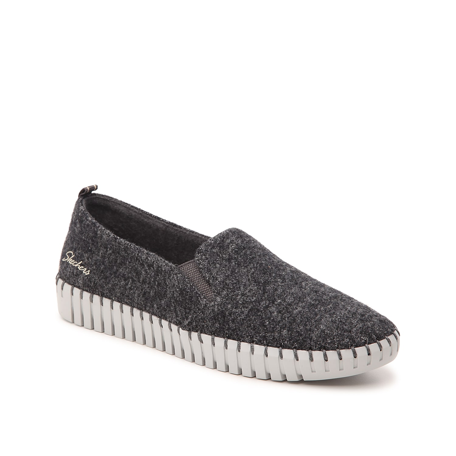 Go anywhere in comfortable style with the Sepulveda Blvd Mindfulness slip-on from Skechers! This pair features washable wool and a plush Air-Cooled Goga Mat® for plush stepping.