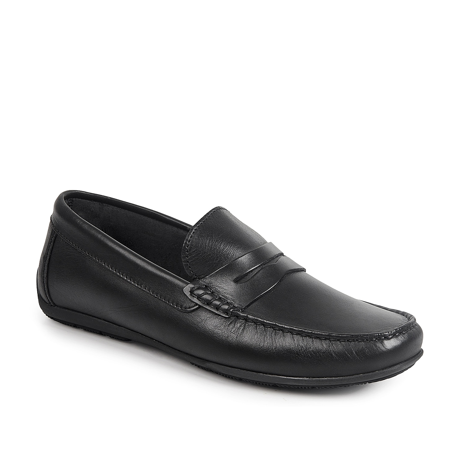 Top off your style game with the Paris loafer from Sandro Moscoloni. This slip-on features smooth leather upper and a penny keeper accent for a handsome touch to your outfit!