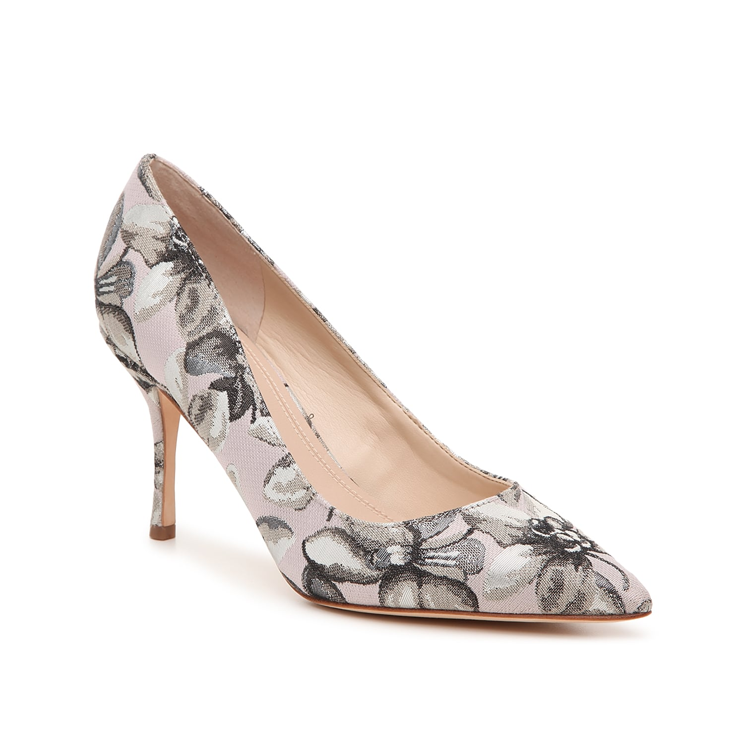 Freshen up your office wear with the Carter pump from Marc Fisher Ltd. This classic silhouette is fashioned with a leather lining and floral fabric that will make your ensemble flair!