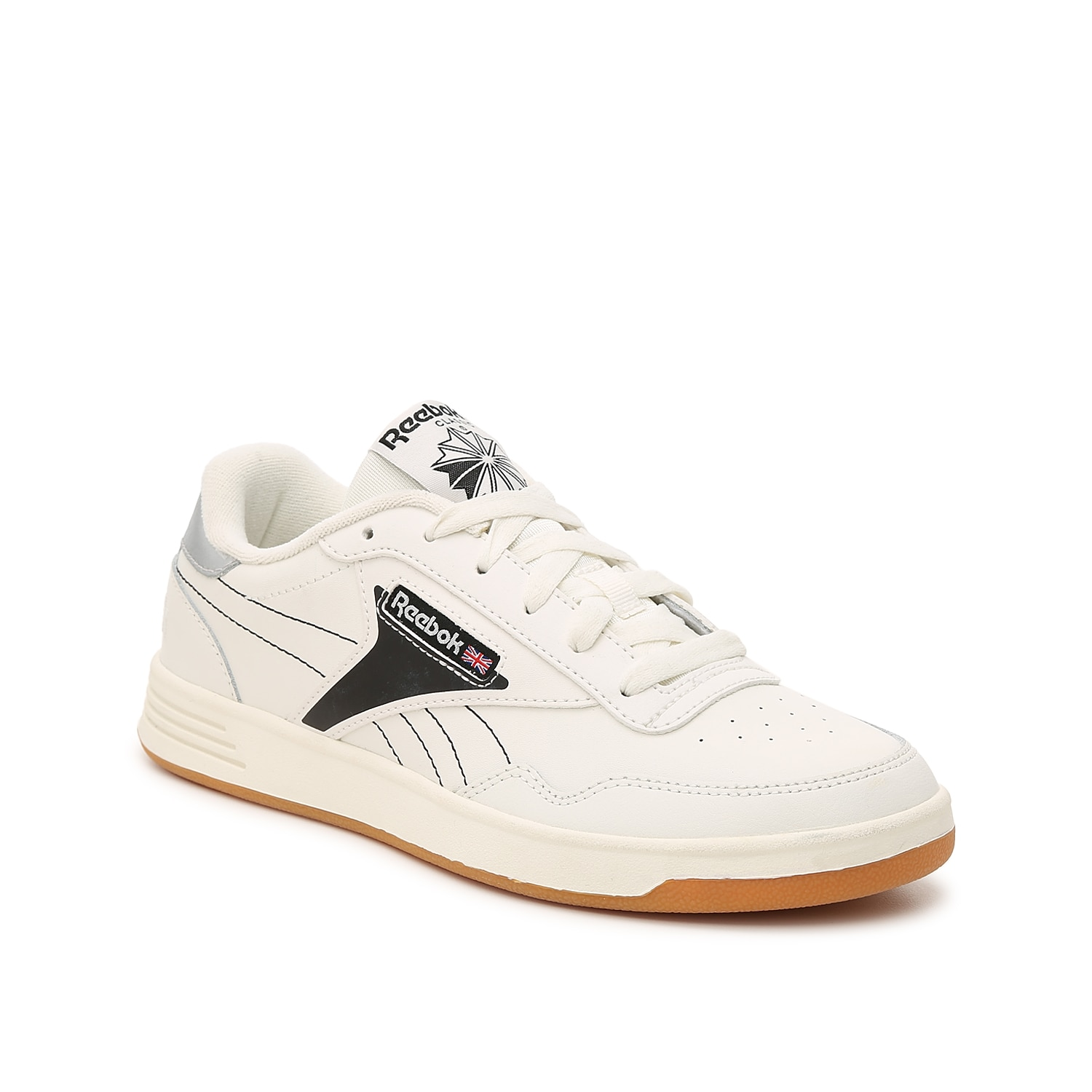 Show off retro-chic style with the Reebok Club Memt women\\\'s sneakers. These low-top joggers create a clean-and-crisp look that matches anything from skinny jeans to T-shirt dresses.