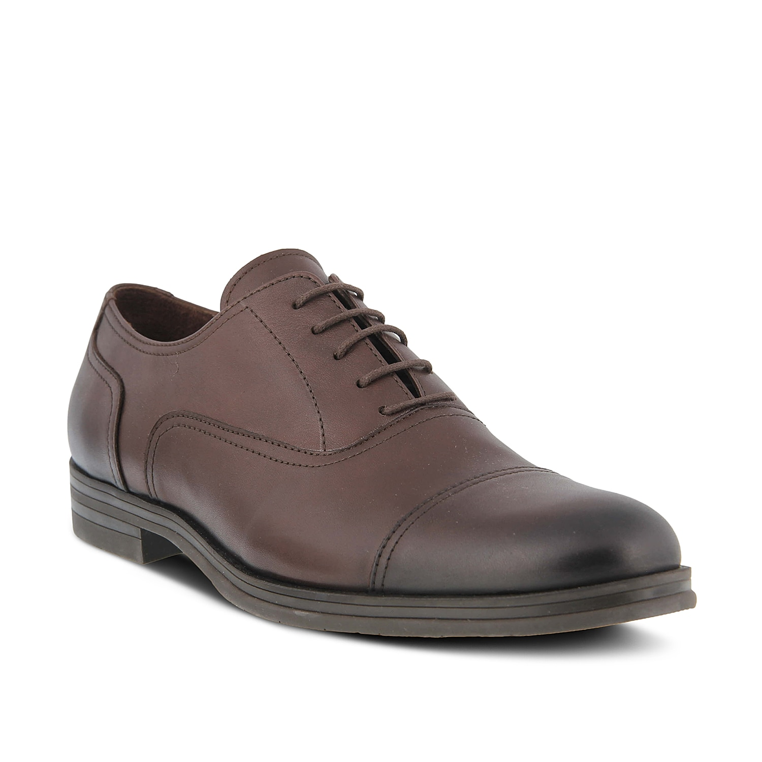 The Albert oxford from Spring Step features a smooth leather upper for handsome styling. This cap toe pair is versatile enough to pair with any tailored look!