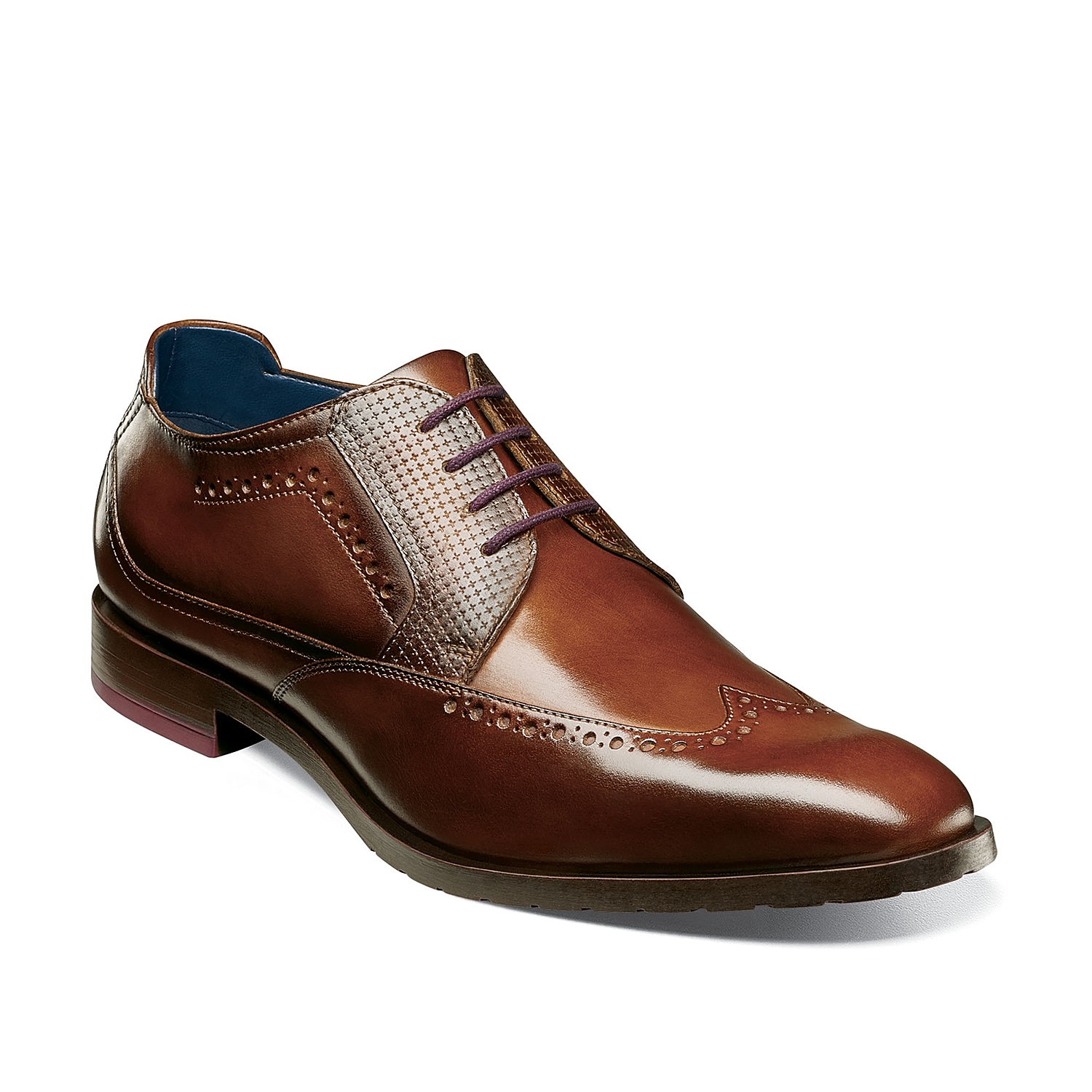 The Rooney oxford from Stacy Adams ensures to bring a put-together vibe to any outfit. These leather lace-ups feature classic wingtip and brogue detailing that will pair with dark wash jeans, a blazer, or vest!