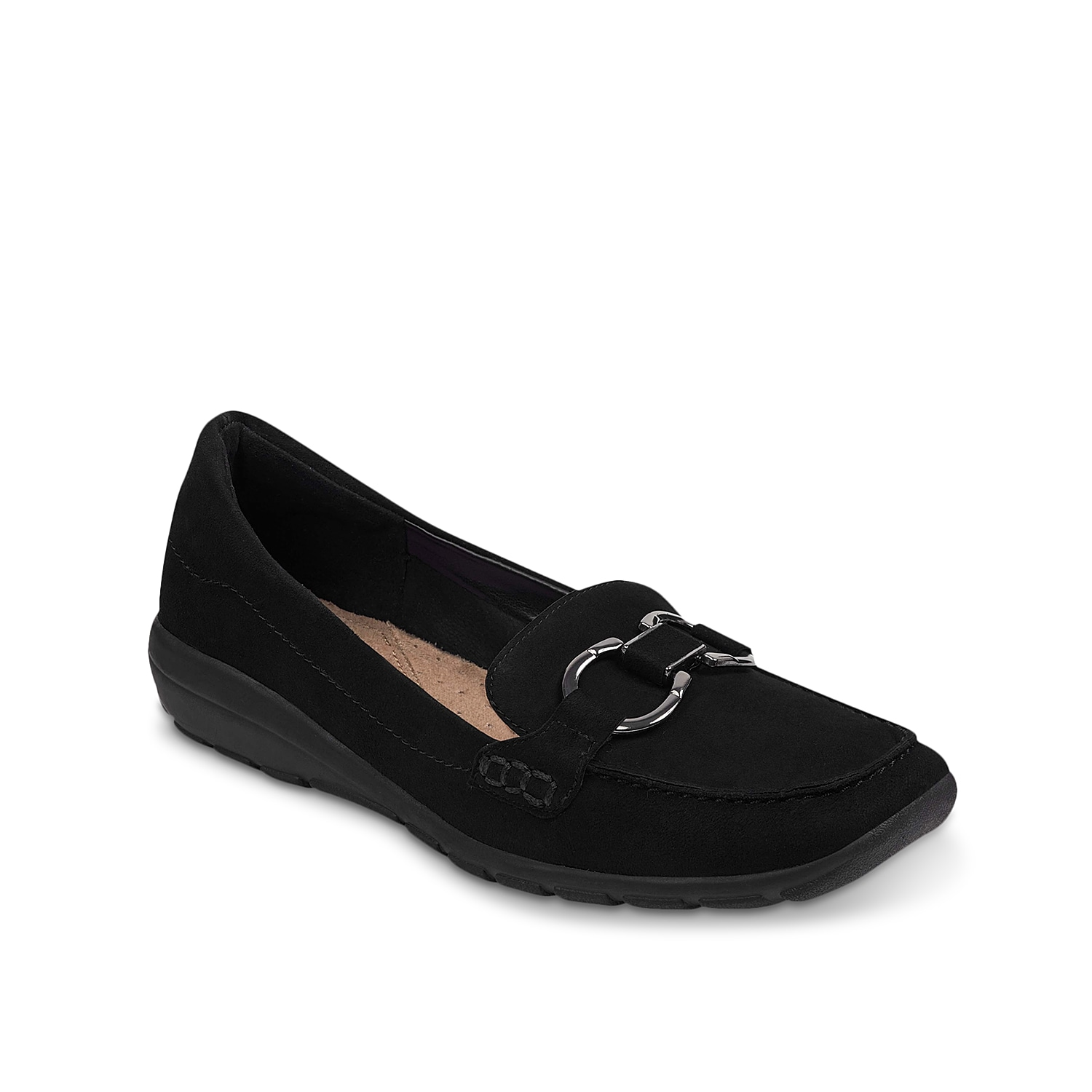 Lend lasting comfort to your day with the Avienta loafers from Easy Spirit. These suede slip-ons feature a classy square toe and a padded back counter for extra cushioning.