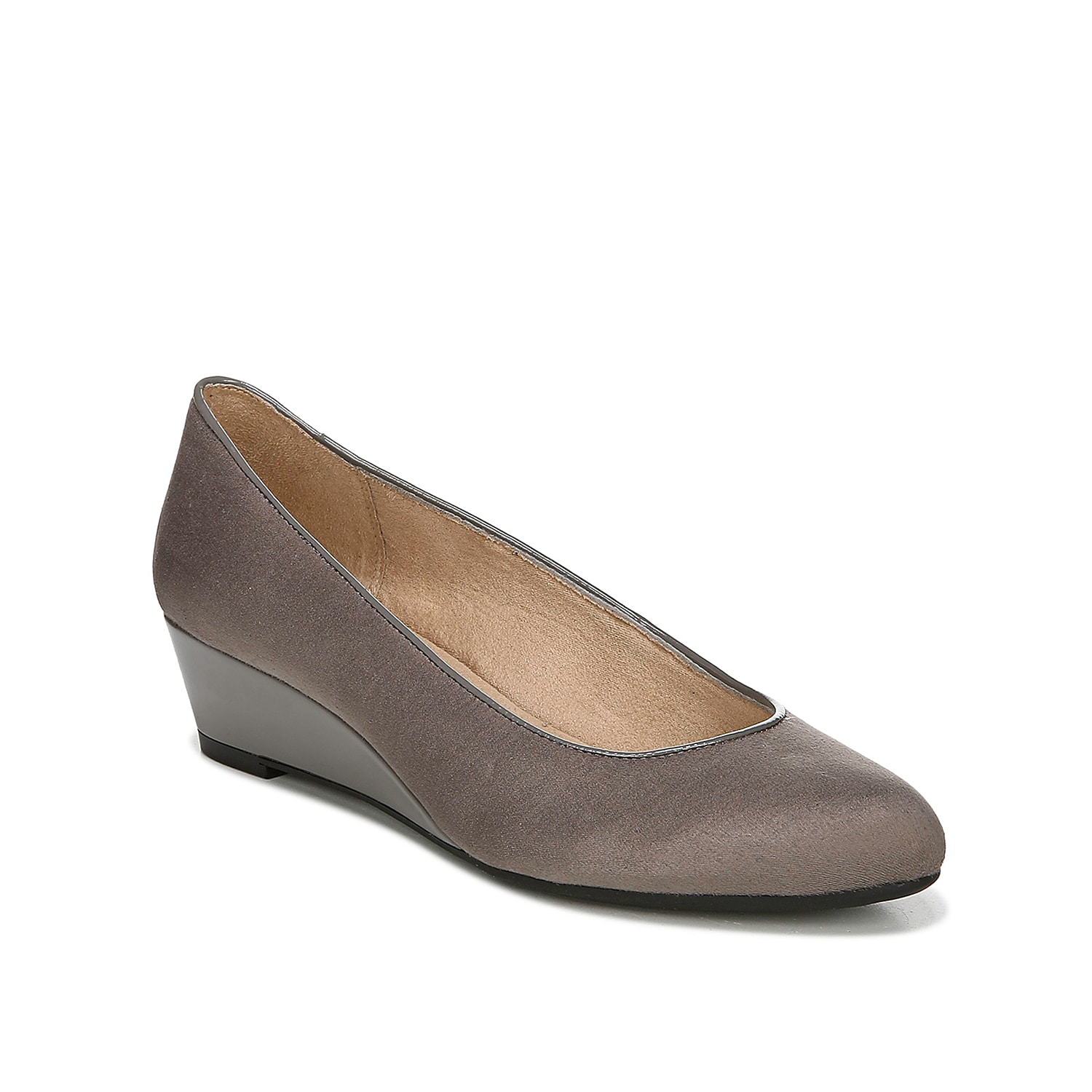 Get the comfort you need with the Hadley wedge pump from LifeStride. This pair features a premium Soft System® footbed with shock absorption and pressure distribution for support all day and night.