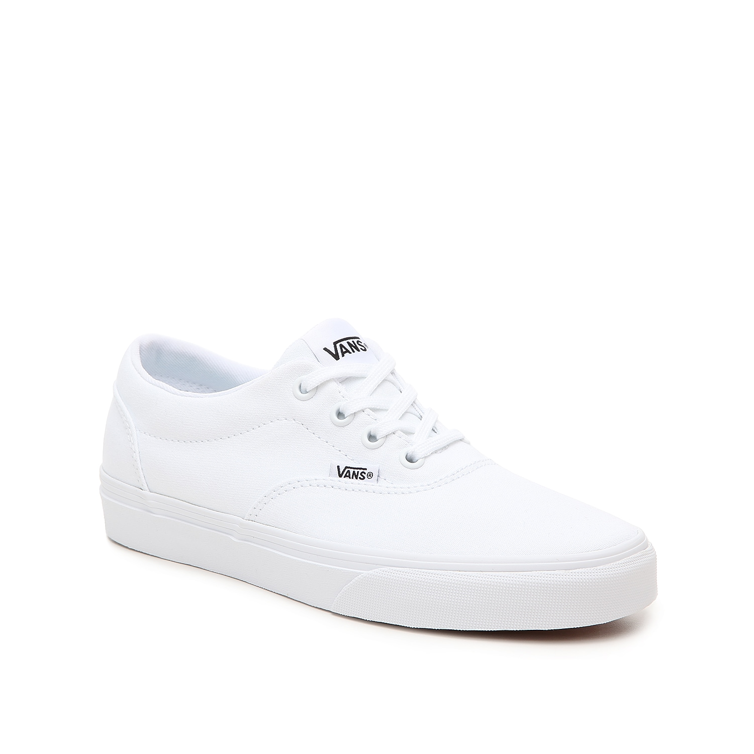 Add a bright white hue to your street style with the women\\\'s Doheny sneaker from Vans. Featuring a classic design and trendy vulcanized sole, this low-top will pair with anything from distressed jeans to skater skirts.