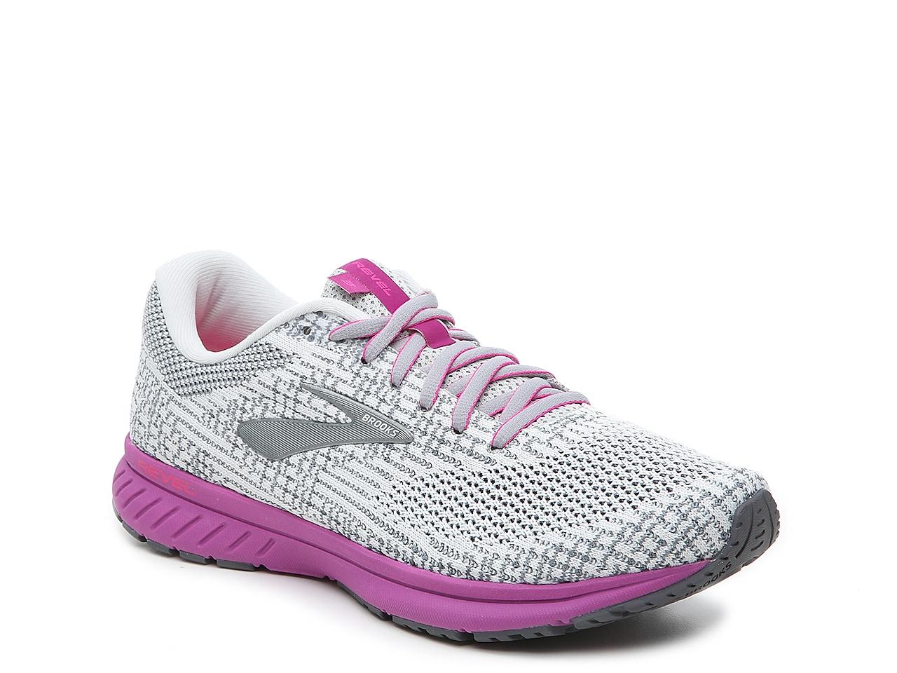 Brooks Revel 3 Running Shoe - Women's
