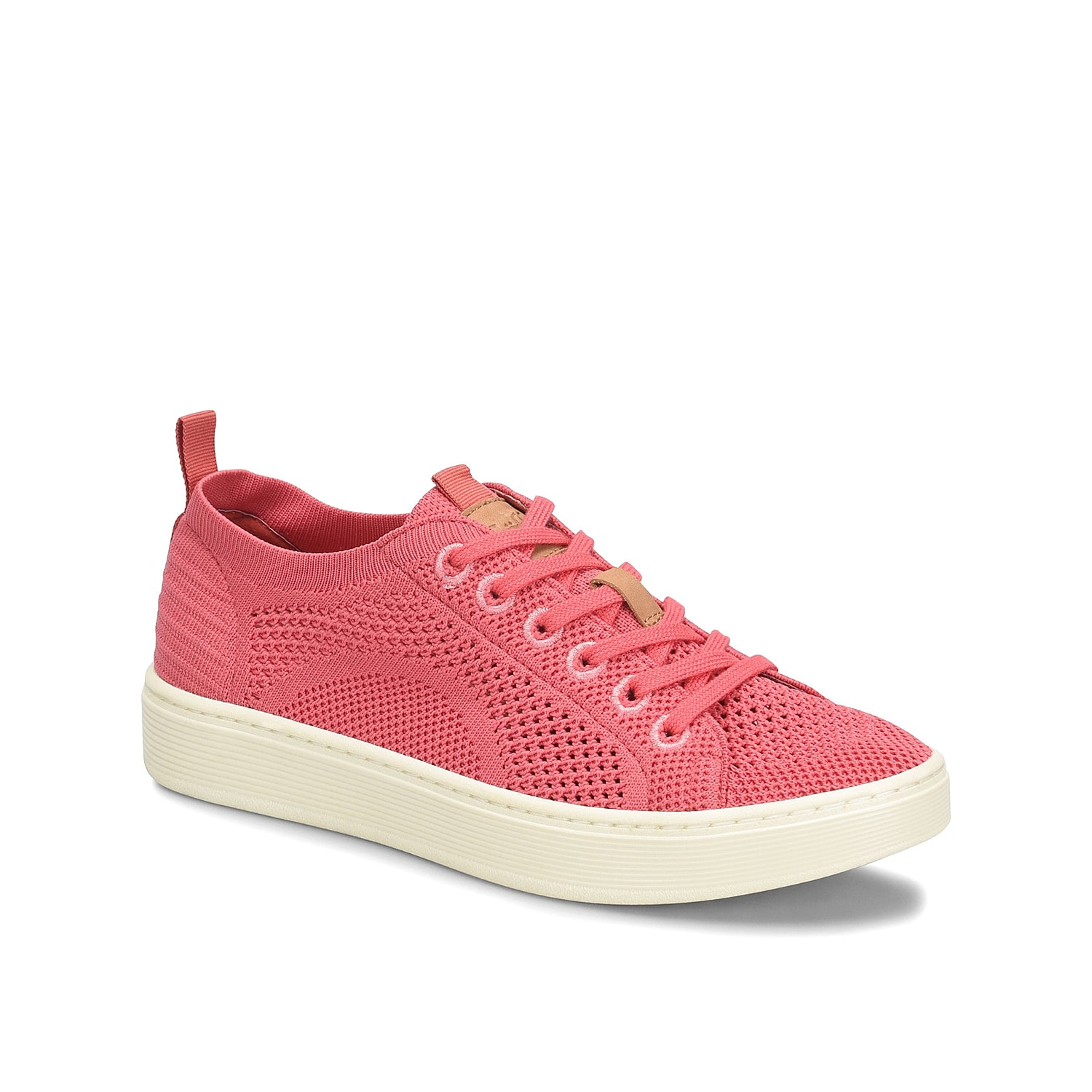 Bring a casual edge to any outfit with the Somers sneakers from Sofft. These low-tops feature a breathable design and an arch supporting footbed for daylong ease.