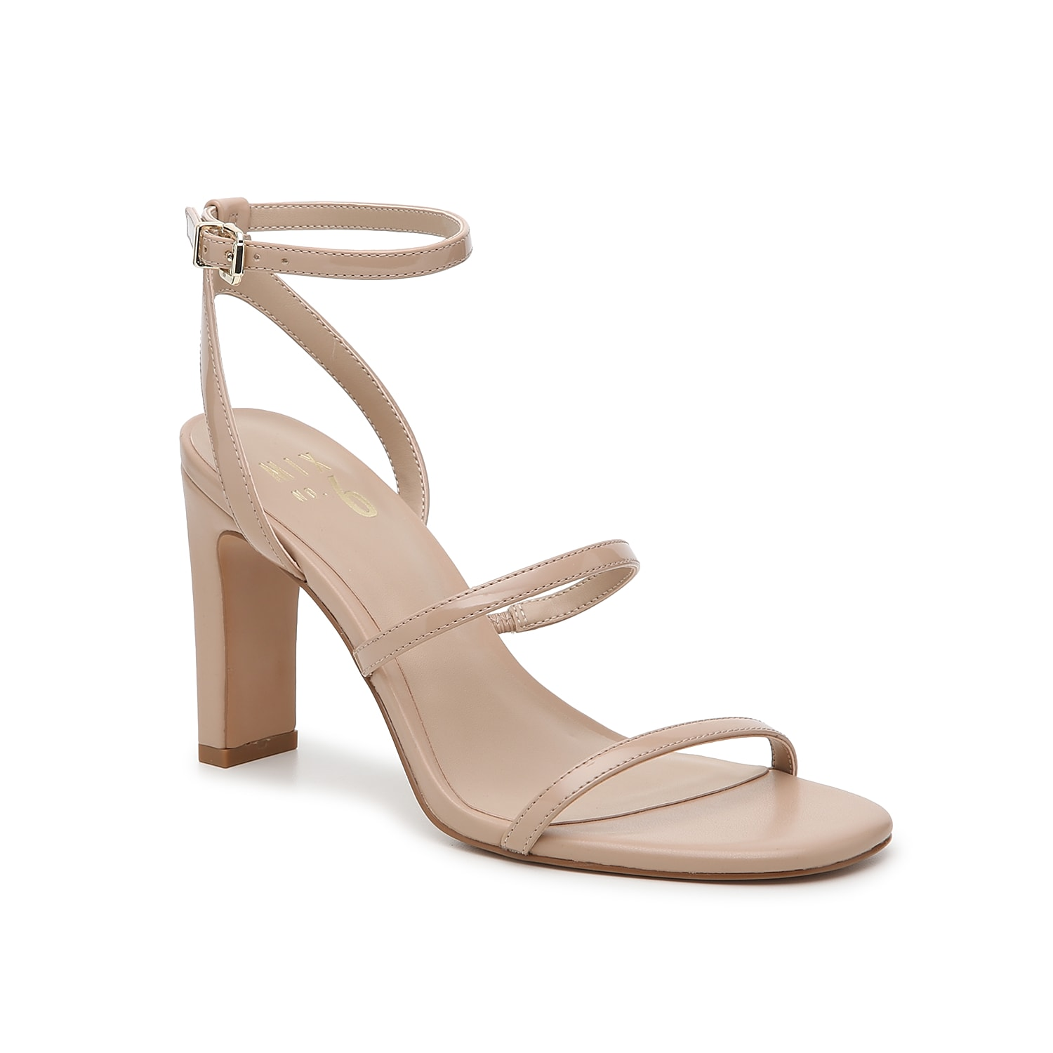 Strut your stuff when wearing the Aliciana sandal from Mix No. 6. This pretty pair is fashioned with three skinny straps and a square open toe for a modern finishing touch!