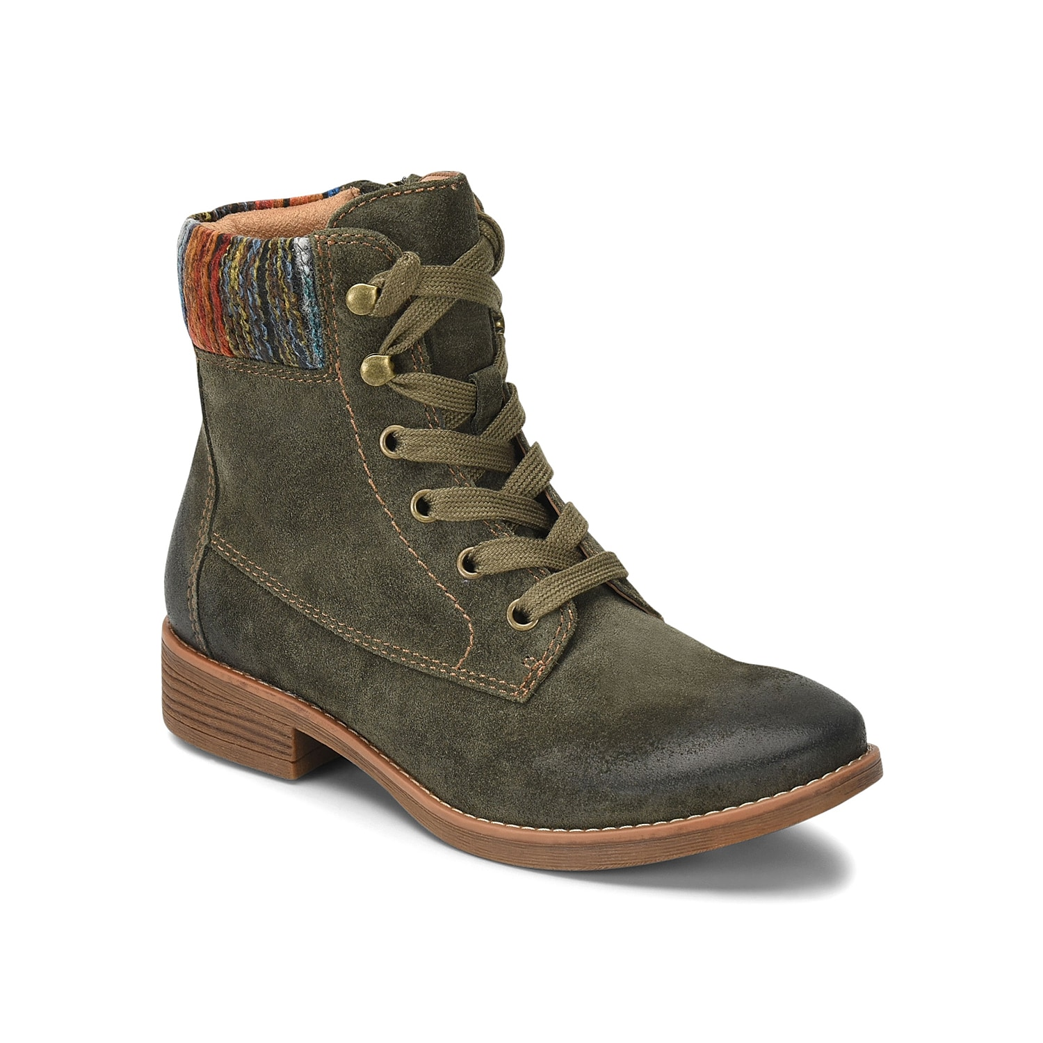 The Trenton combat boot from Comfortiva is a must-have for your rotating wardrobe. The waterproof leather or suede upper, knit collar, and hiker-inspired laces make you weather ready, no matter the season! Click here for Boot Measuring Guide.