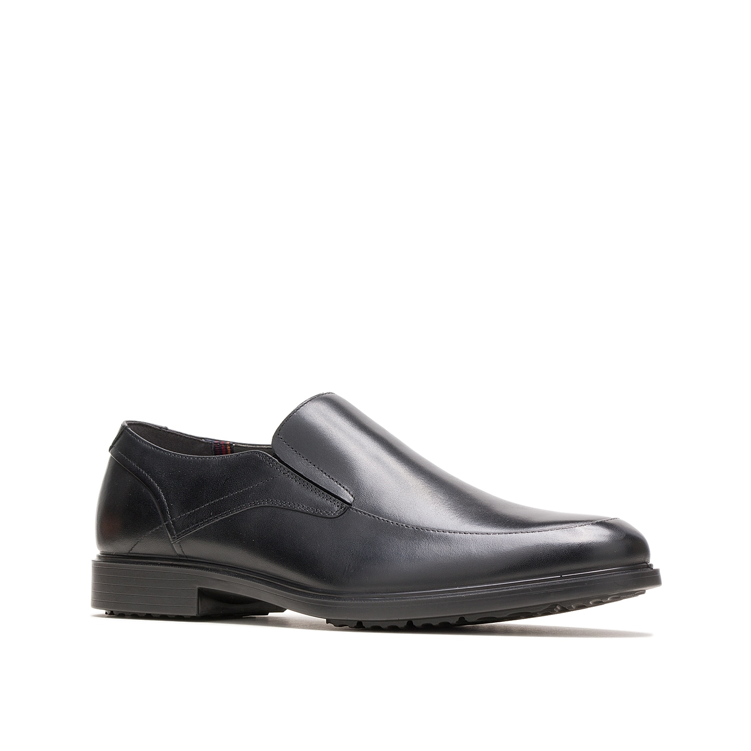 The Turner slip-on from Hush Puppies rocks a classic silhouette with modern technology. This leather pair features a water-resistantWeatherSMART™ upper, BioDeWix™ Dry mesh lining, andBounce™ energy rebound footbed to keep you feeling your best.