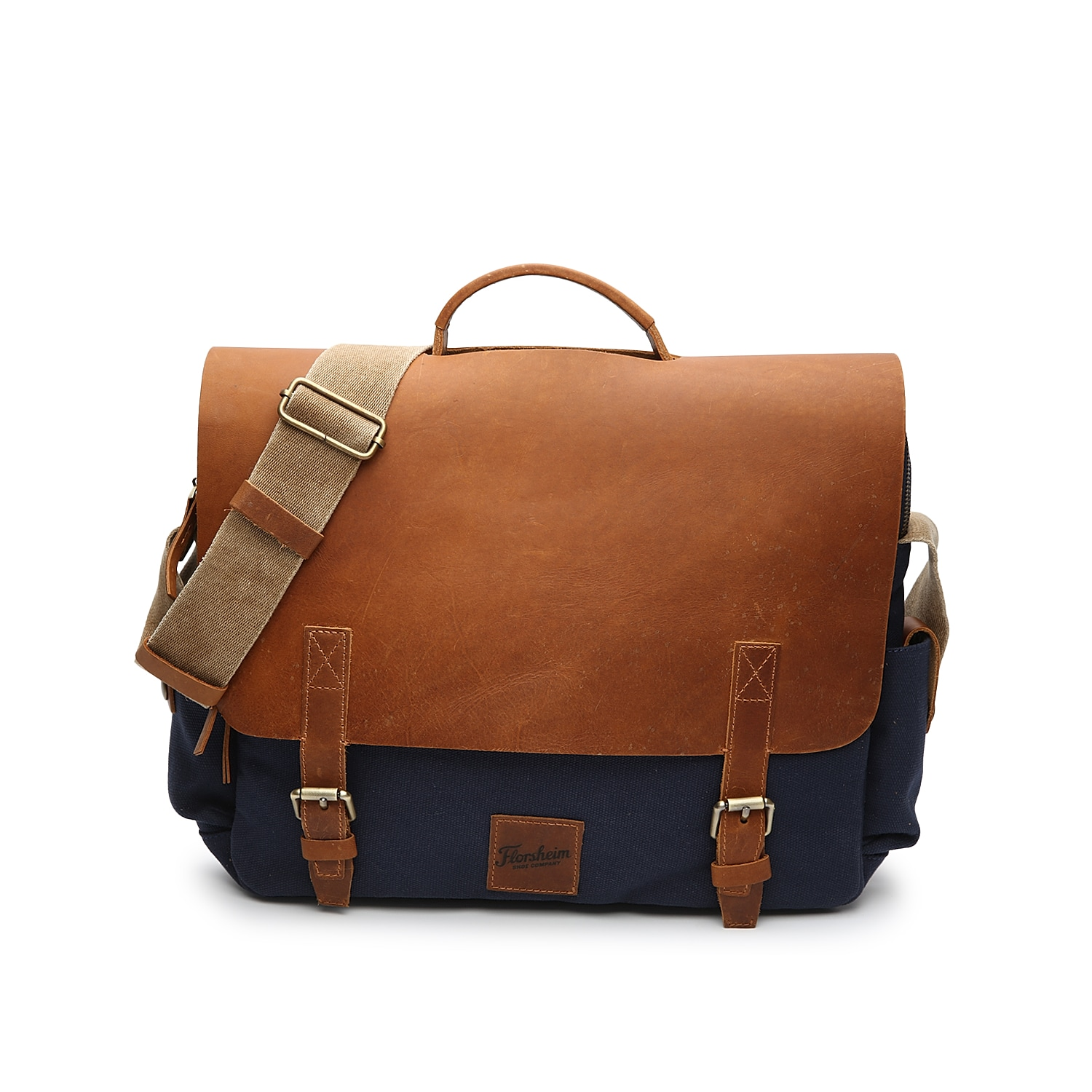 Look your best as you travel back and forth from the office with the Rodrigo messenger bag from Florsheim. This mixed material bag features a padded laptop sleeve and plenty of pockets to keep you extra organized.