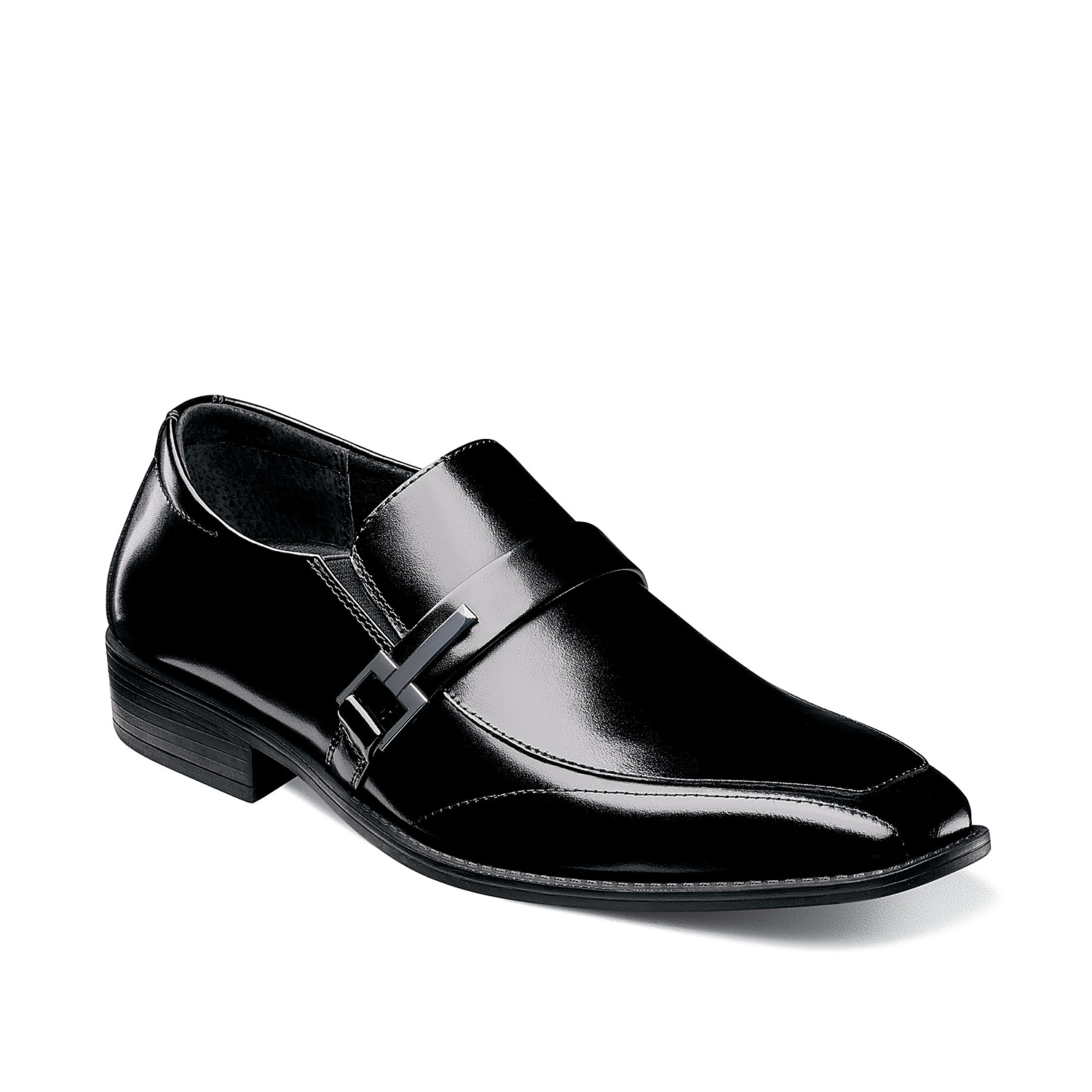 Freshen up your weekday wardrobe with the Abram loafer from Stacy Adams. This slip-on features smooth leather upper and metal accent for a fresh finishing touch!