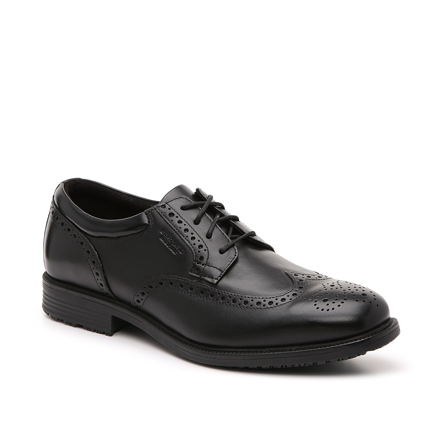 Stay comfortable throughout the workday in the Essential oxford from Rockport. These lace-ups feature a durable leather design that treated with Hydro-Shield waterproof protection. The truTECH® cushioned footbed ensures optimal support.