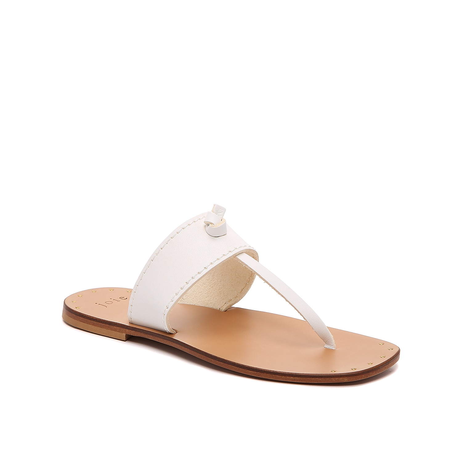 The Baylin sandal from Joie easily pairs with your warm-weather wardrobe. This leather silhouette is fashioned with a squared off toe and stud accents for extra appeal.