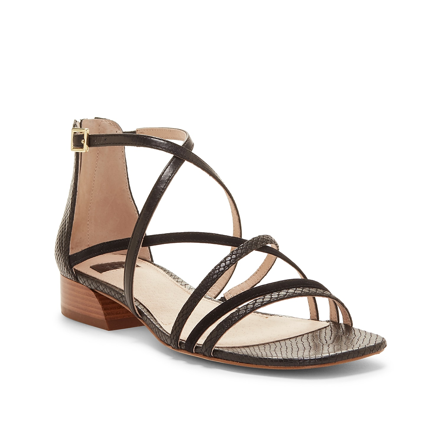 Complement any warm weather look with the Eleri sandal from Louise Et Cie. This leather pair features delicate straps with a squared off toe for trendy appeal.