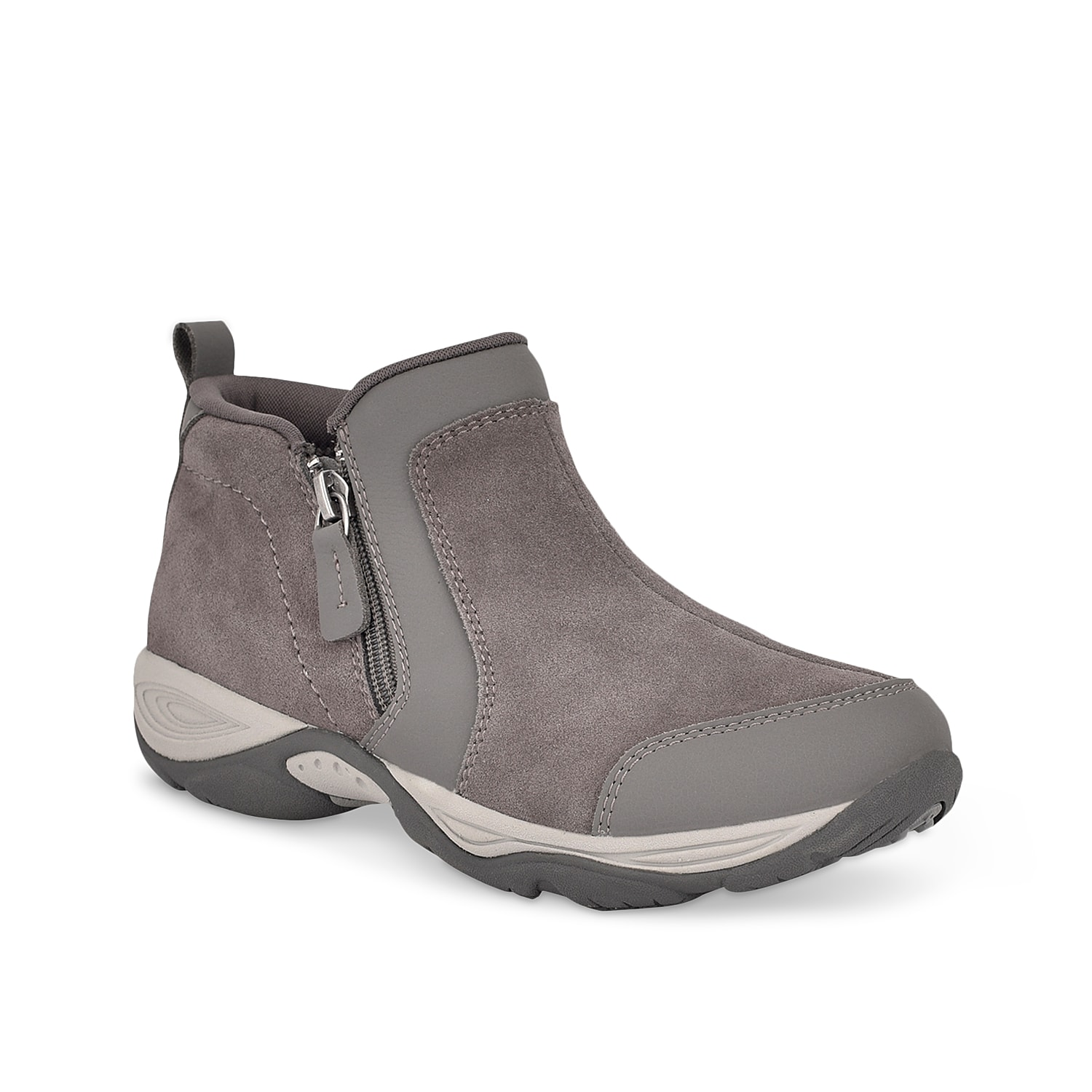 Shelter your feet in the Evony bootie by Easy Spirit for fun, flexible outdoor adventures. This bootie is built with side gore gusset, lightweight Elon midsole and ubber bottom to provide traction even on grippy surfaces.