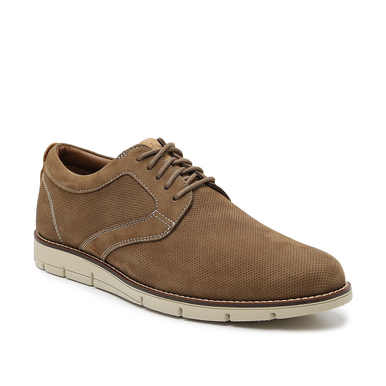 The Nathan oxford from Dockers flaunts a classic design that will pair with any tailored look. A contrasting midsole furthers the handsome appeal of this leather lace-ups that\\\'s covered in micro perforations.